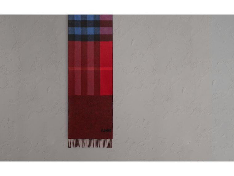 Reversible Check and Melange Cashmere Scarf in Parade Red | Burberry Hong Kong - cell image 1