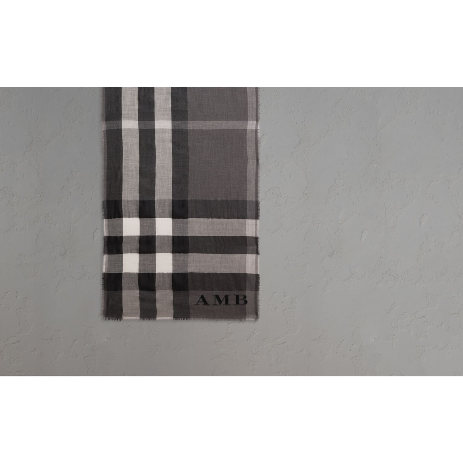 The Lightweight Cashmere Scarf in Check in Mid Grey - gallery image 2