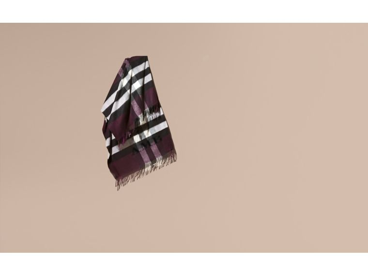 Check Cashmere and Wool Poncho Aubergine - cell image 1