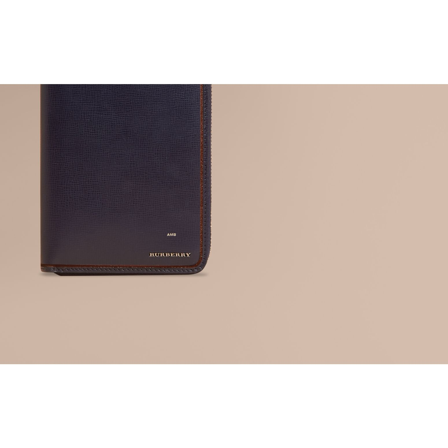 Border Detail London Leather Ziparound Wallet Dark Navy - gallery image 2