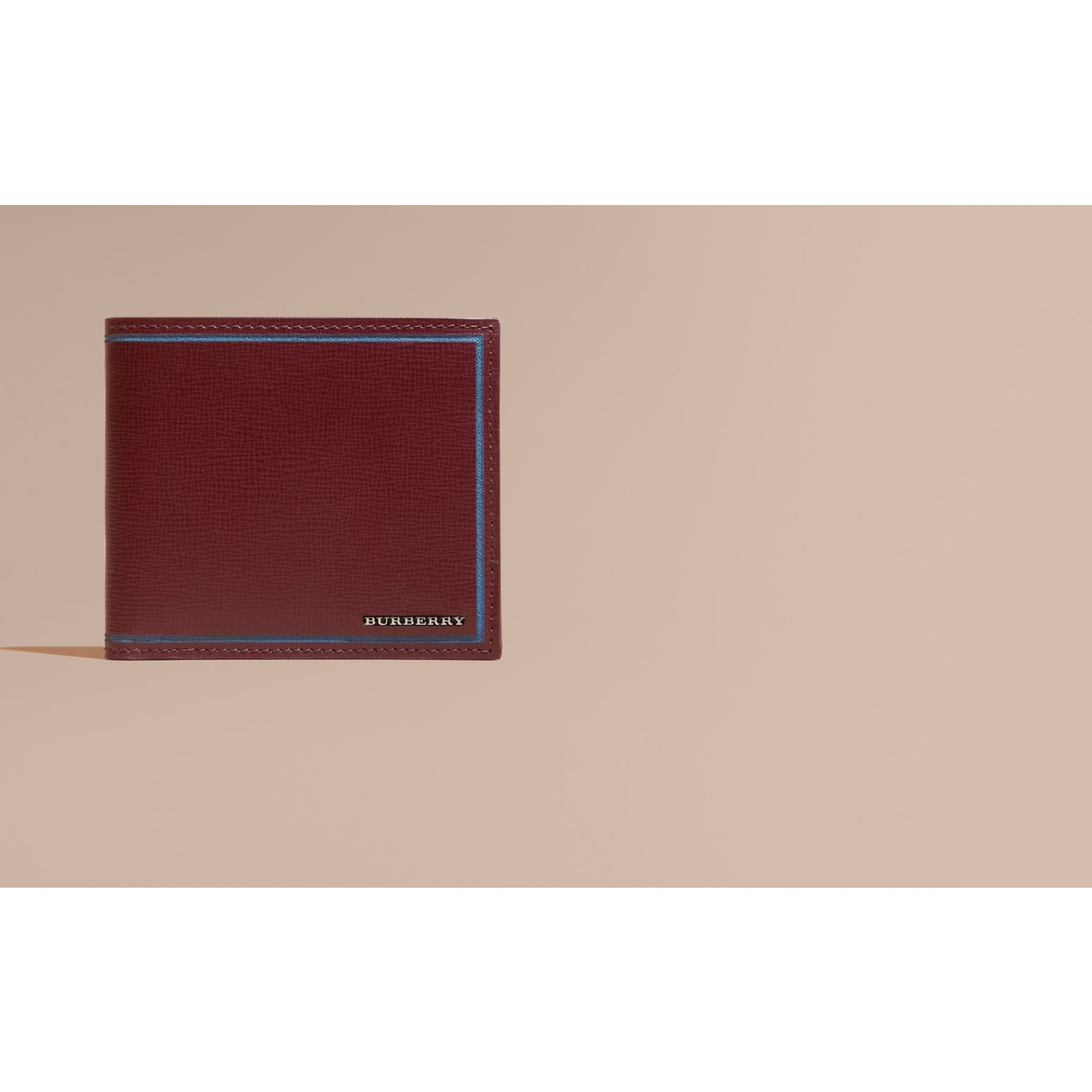 Burgundy red Border Detail London Leather Folding Wallet Burgundy Red - gallery image 2