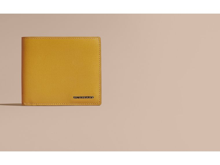 Larch yellow London Leather Folding Wallet Larch Yellow - cell image 1