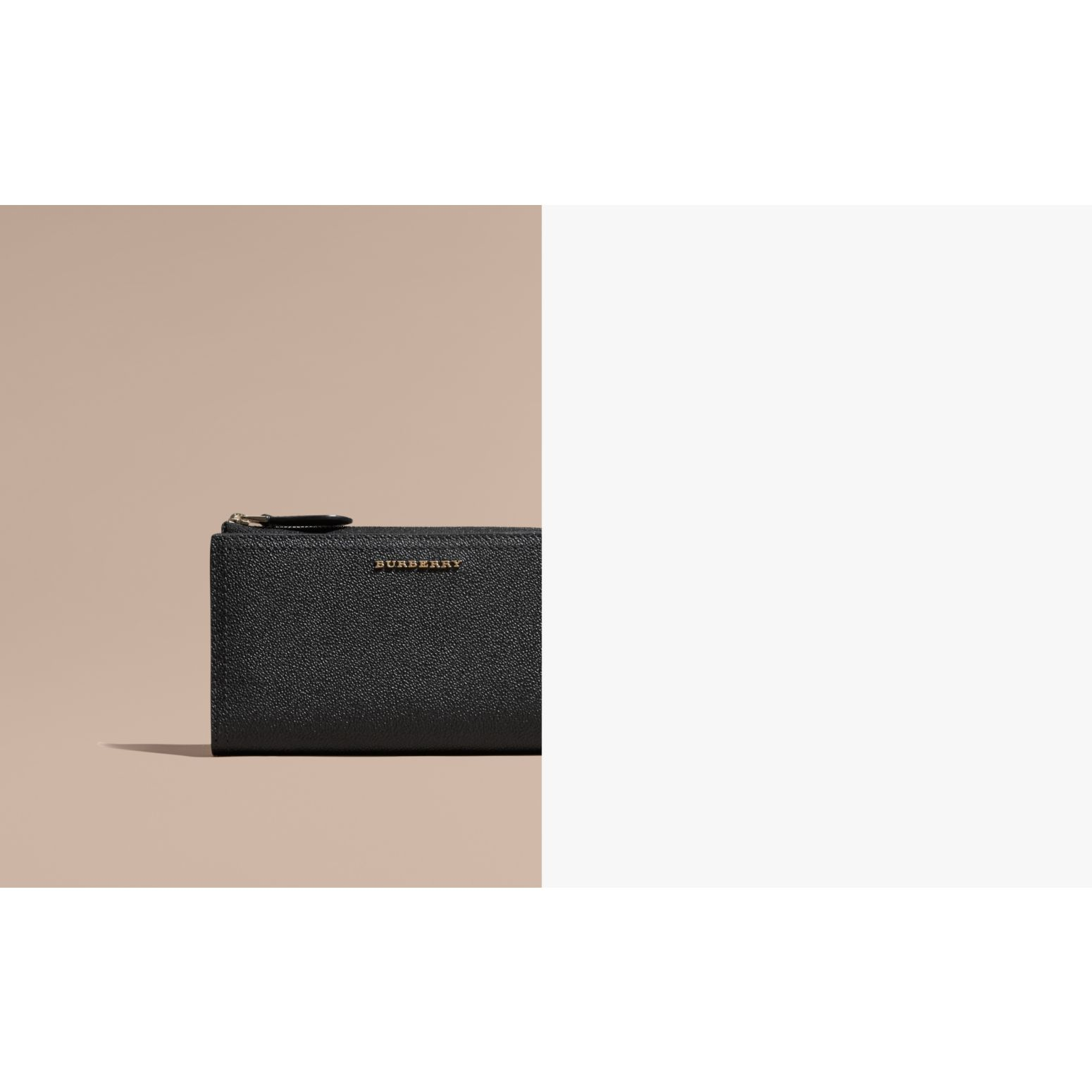 Grainy Leather Ziparound Wallet in Black - Women | Burberry Australia - gallery image 2