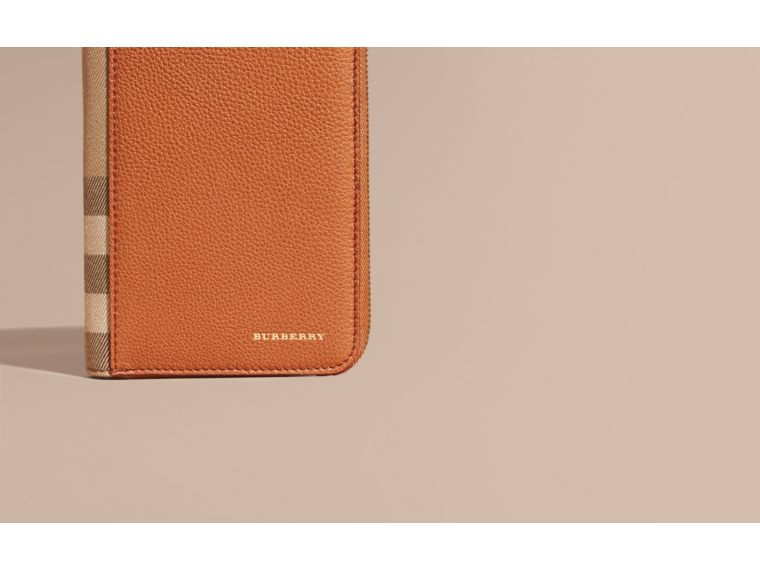 House Check and Grainy Leather Ziparound Wallet Russet - cell image 1