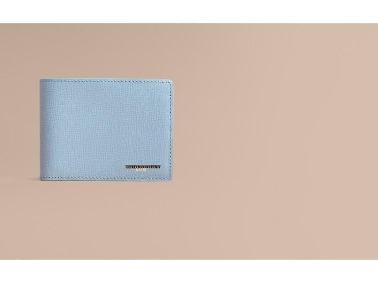 London Leather Slim Folding Wallet Powder Blue - cell image 1