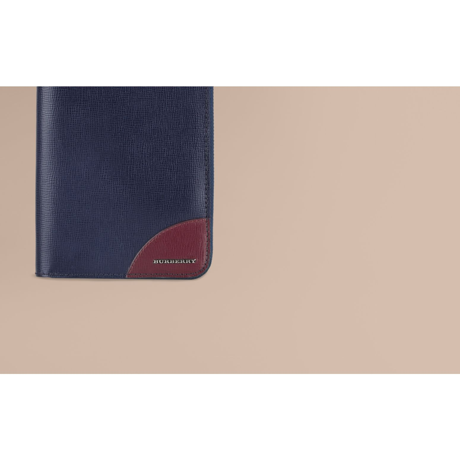 Contrast Corner London Leather Ziparound Wallet Dark Navy - gallery image 2