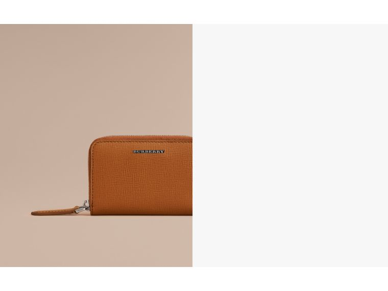 London Leather Ziparound Coin Case in Tan | Burberry Australia - cell image 1