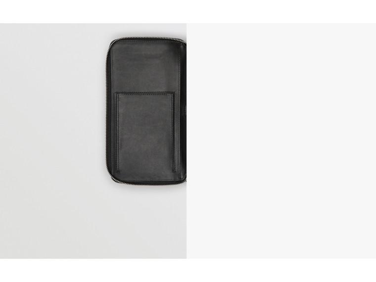 Reisebrieftasche aus London Check-Gewebe (Anthrazit/schwarz) - Herren   Burberry - cell image 1