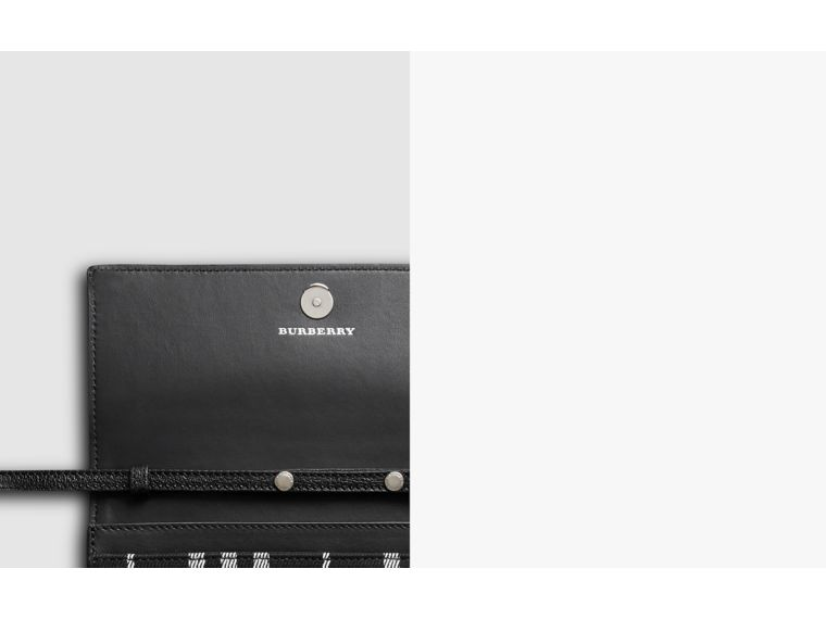 Brieftasche aus Baumwolle und Leder mit Schottenmuster und Kettenriemen (Tiefes Marineblau/schwarz) - Damen | Burberry - cell image 1