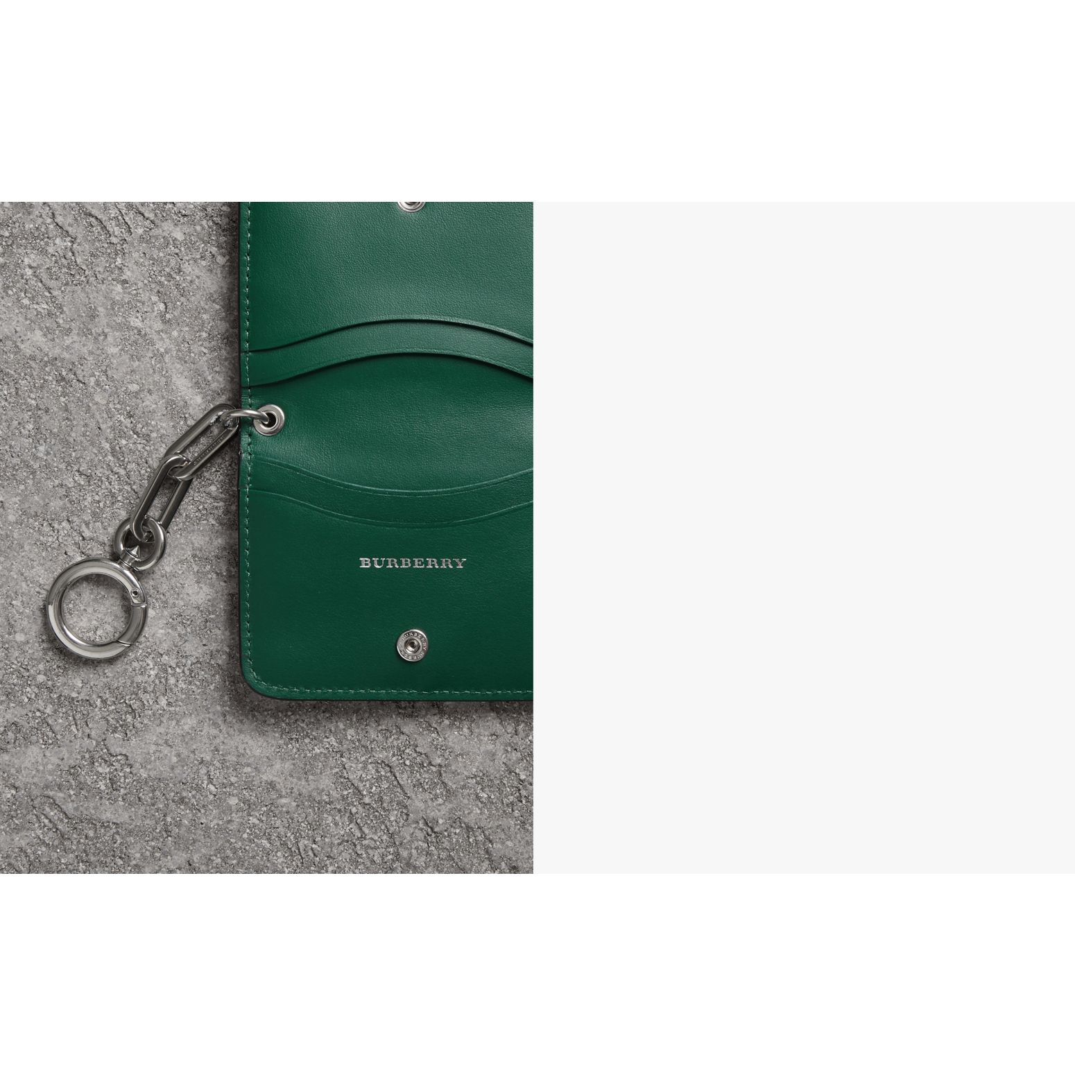 Link Detail Leather ID Card Case Charm in Black | Burberry United Kingdom - gallery image 1
