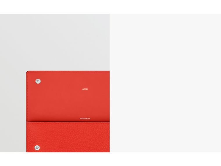 Quote Print Leather Continental Wallet in Bright Military Red - Women | Burberry Hong Kong S.A.R - cell image 1