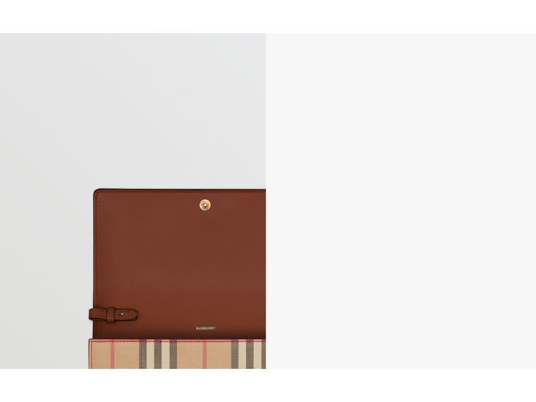 Icon Stripe E-canvas Wallet with Detachable Strap in Archive Beige - Women | Burberry - cell image 1