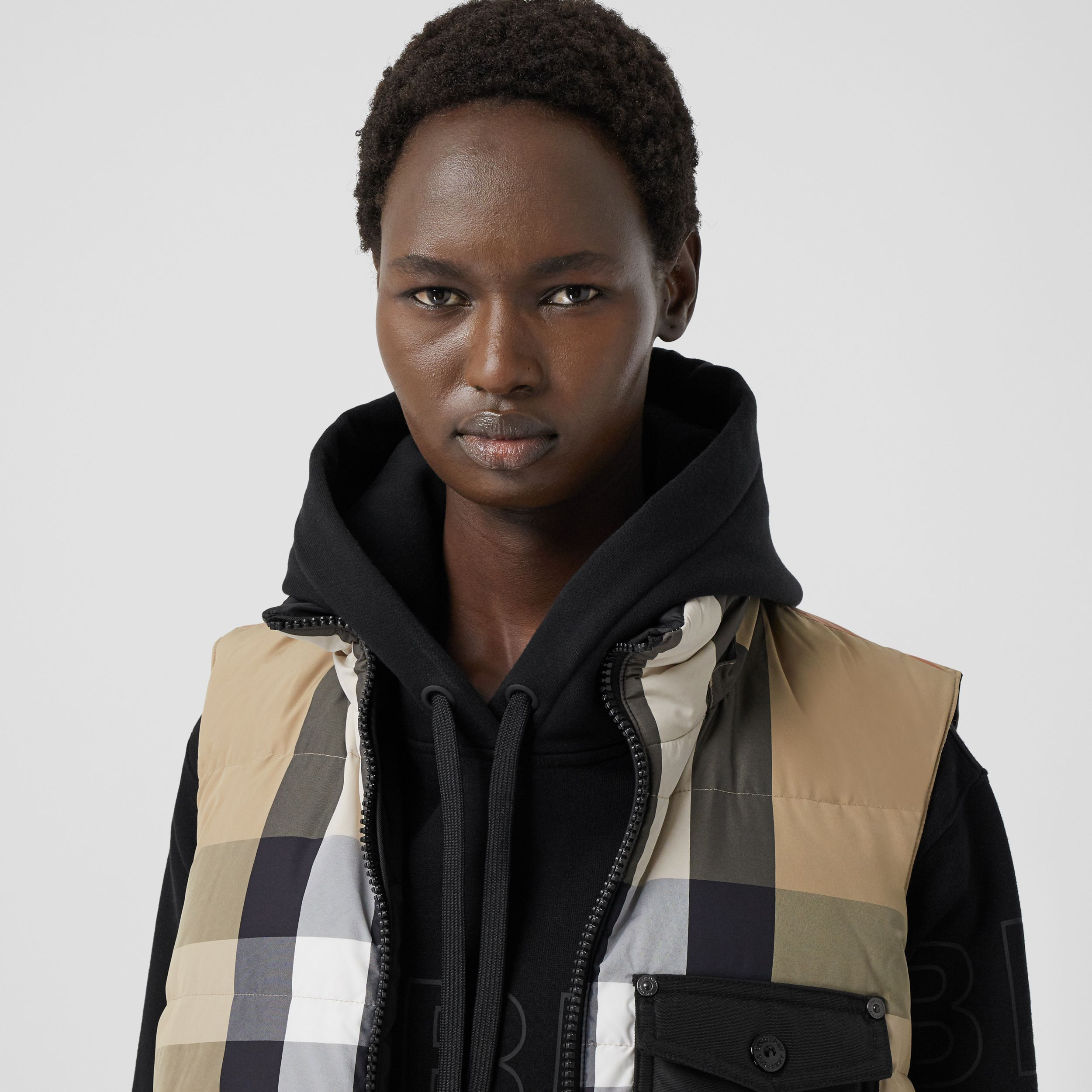 Reversible Recycled Nylon Re:Down® Puffer Gilet in Archive Beige - Women | Burberry - 2