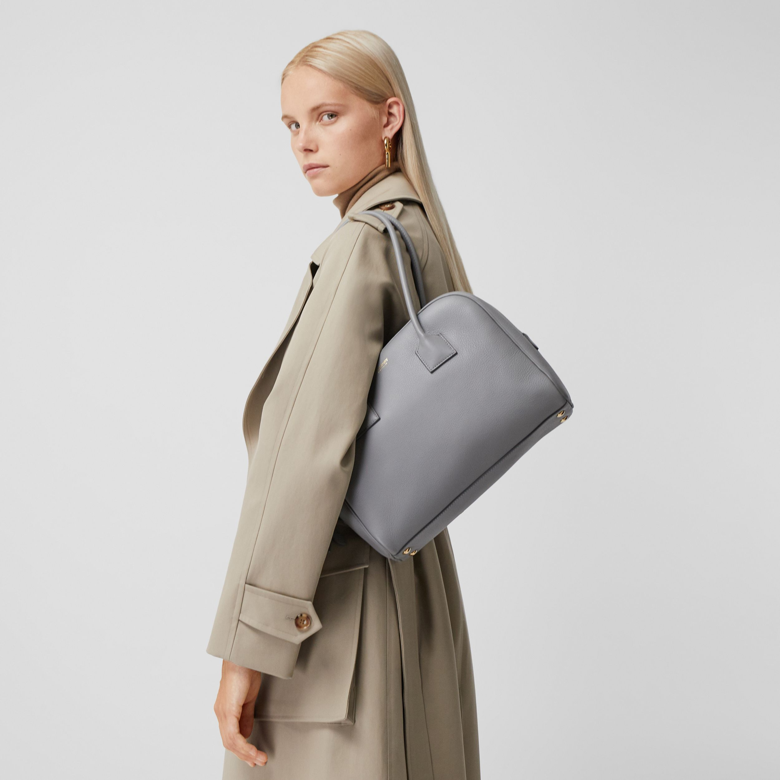 Medium Leather Half Cube Bag in Cloud Grey - Women | Burberry - 3
