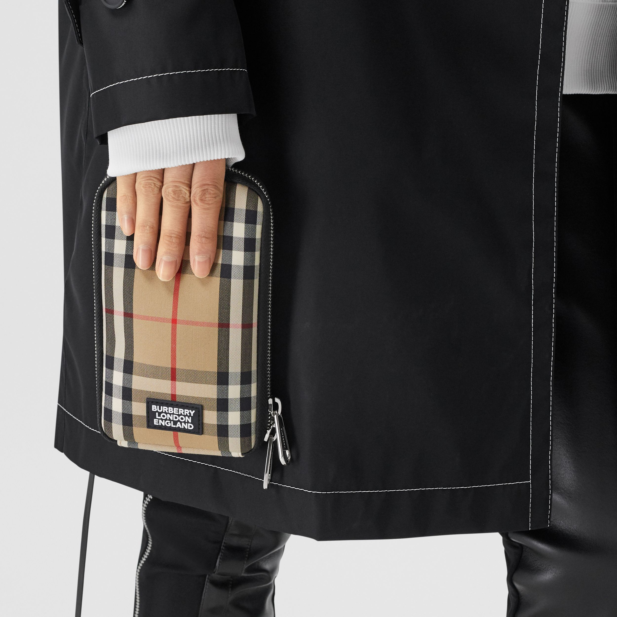 Vintage Check Phone Case with Detachable Strap in Archive Beige | Burberry - 4