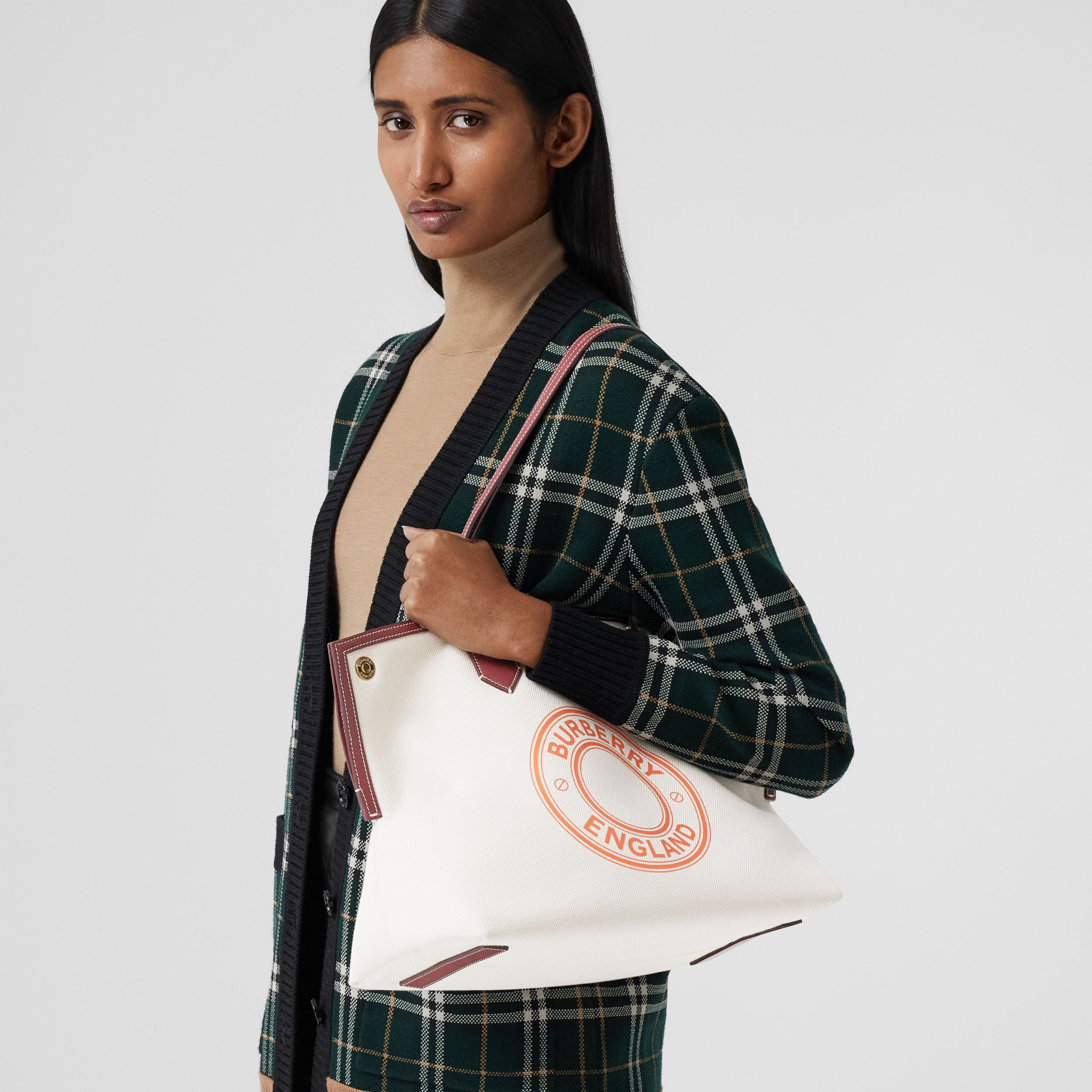 Medium Logo Graphic Cotton Canvas Society Tote in Natural/garnet/geranium - Women | Burberry Canada - 3
