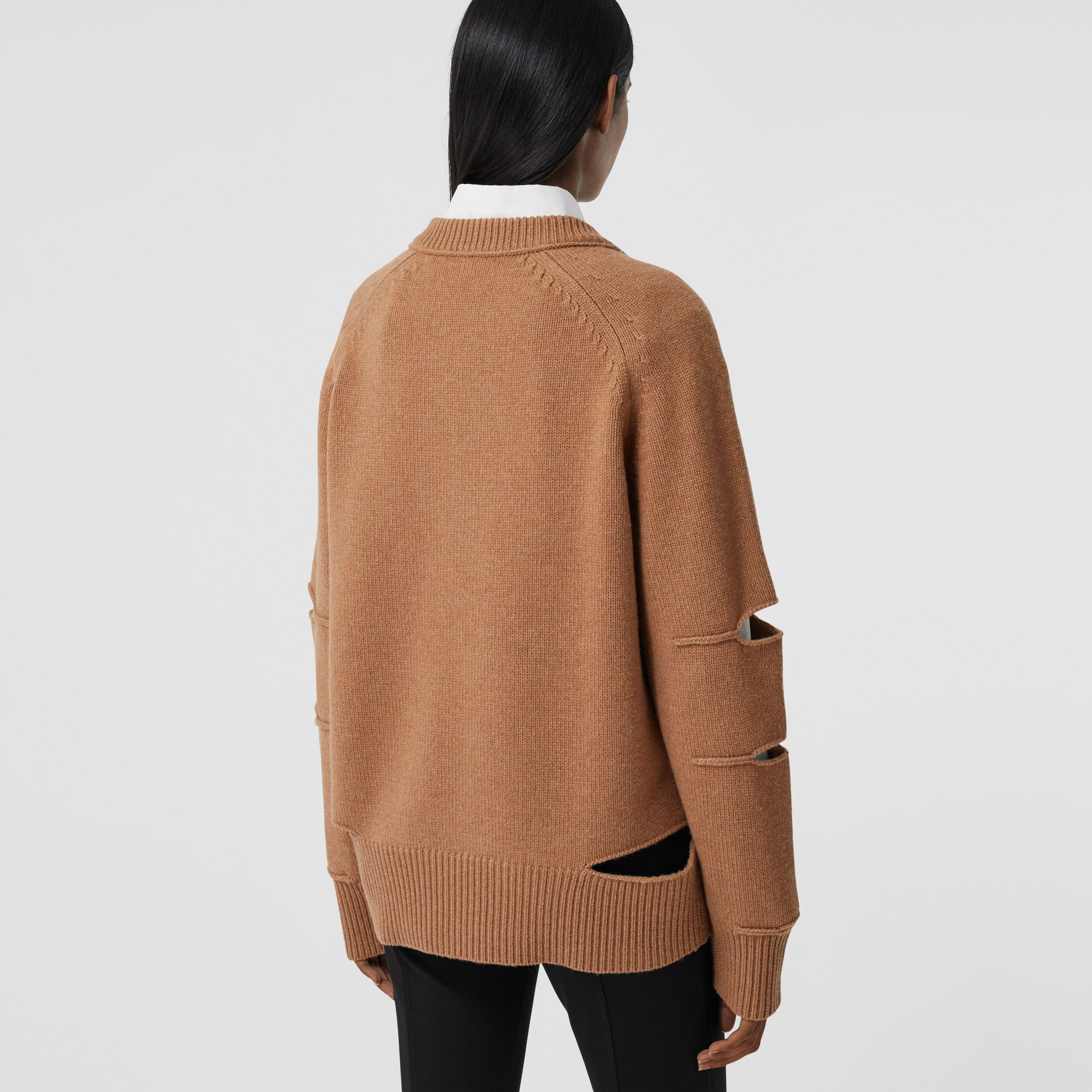 Cut-out Detail Argyle Intarsia Wool Cashmere Sweater in Camel - Women | Burberry - 3