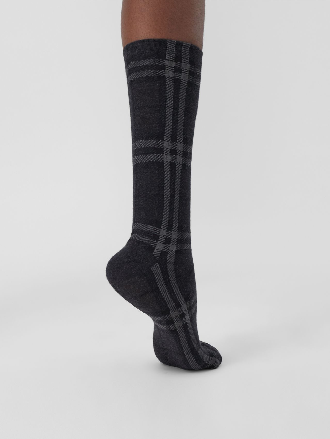 Check Cotton Cashmere Blend Socks in Dark Charcoal