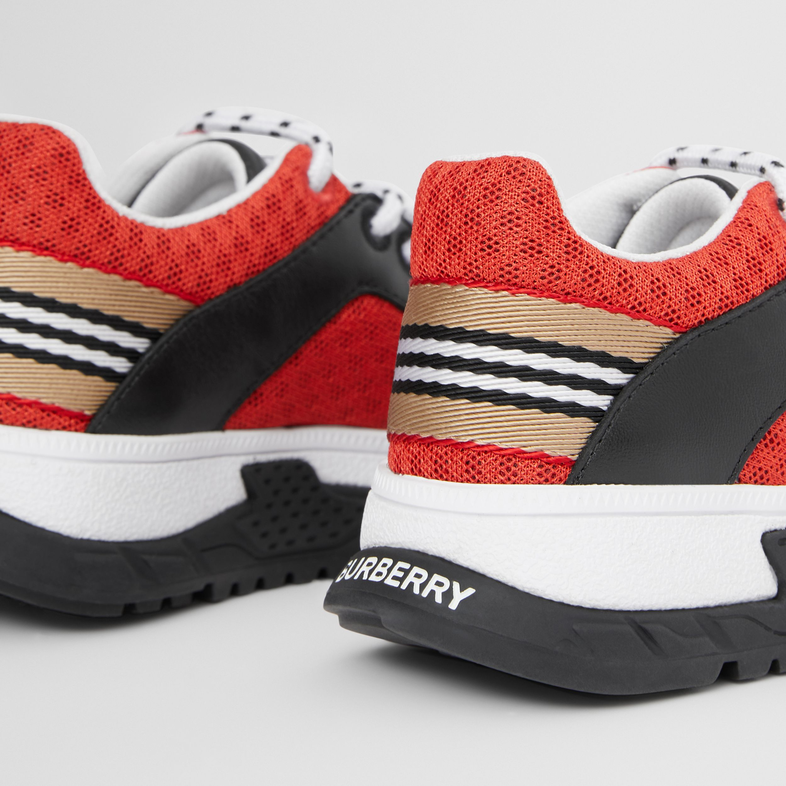Icon Stripe Detail Mesh and Leather Sneakers in Bright Red - Children | Burberry Hong Kong S.A.R. - 2