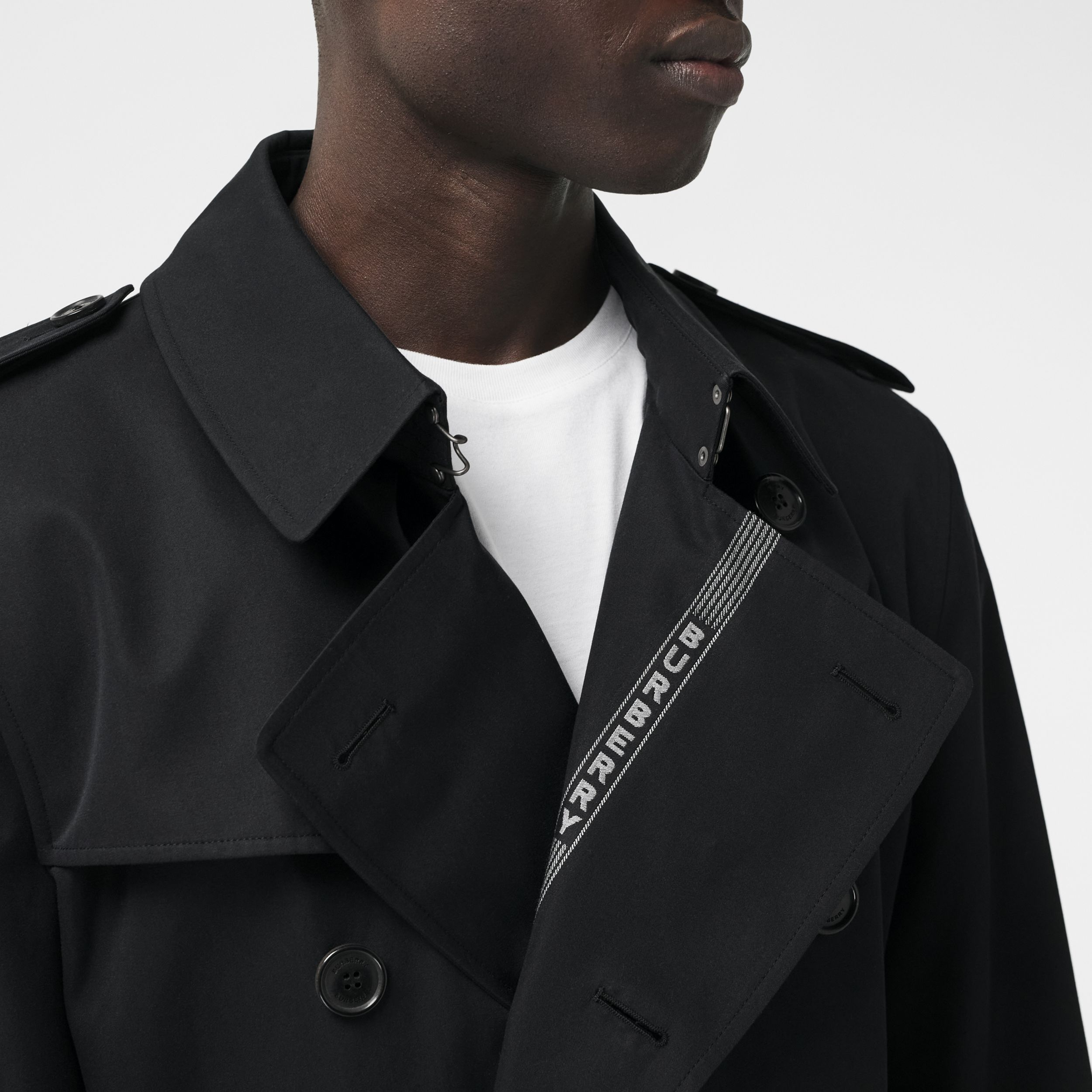 Logo Detail Cotton Gabardine Trench Coat in Black - Men | Burberry Canada - 2