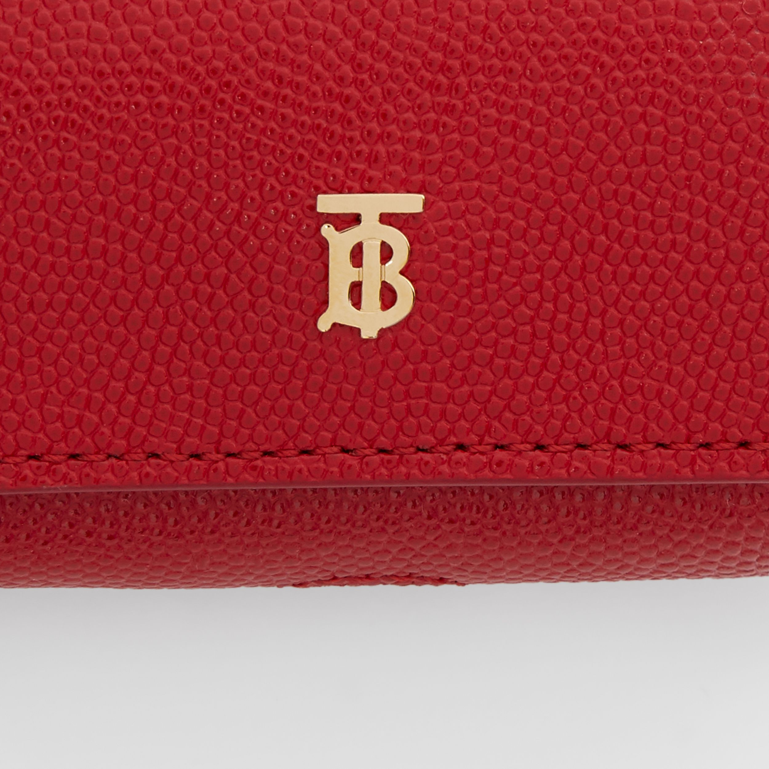 Grainy Leather AirPods Pro Case in Bright Red | Burberry - 2
