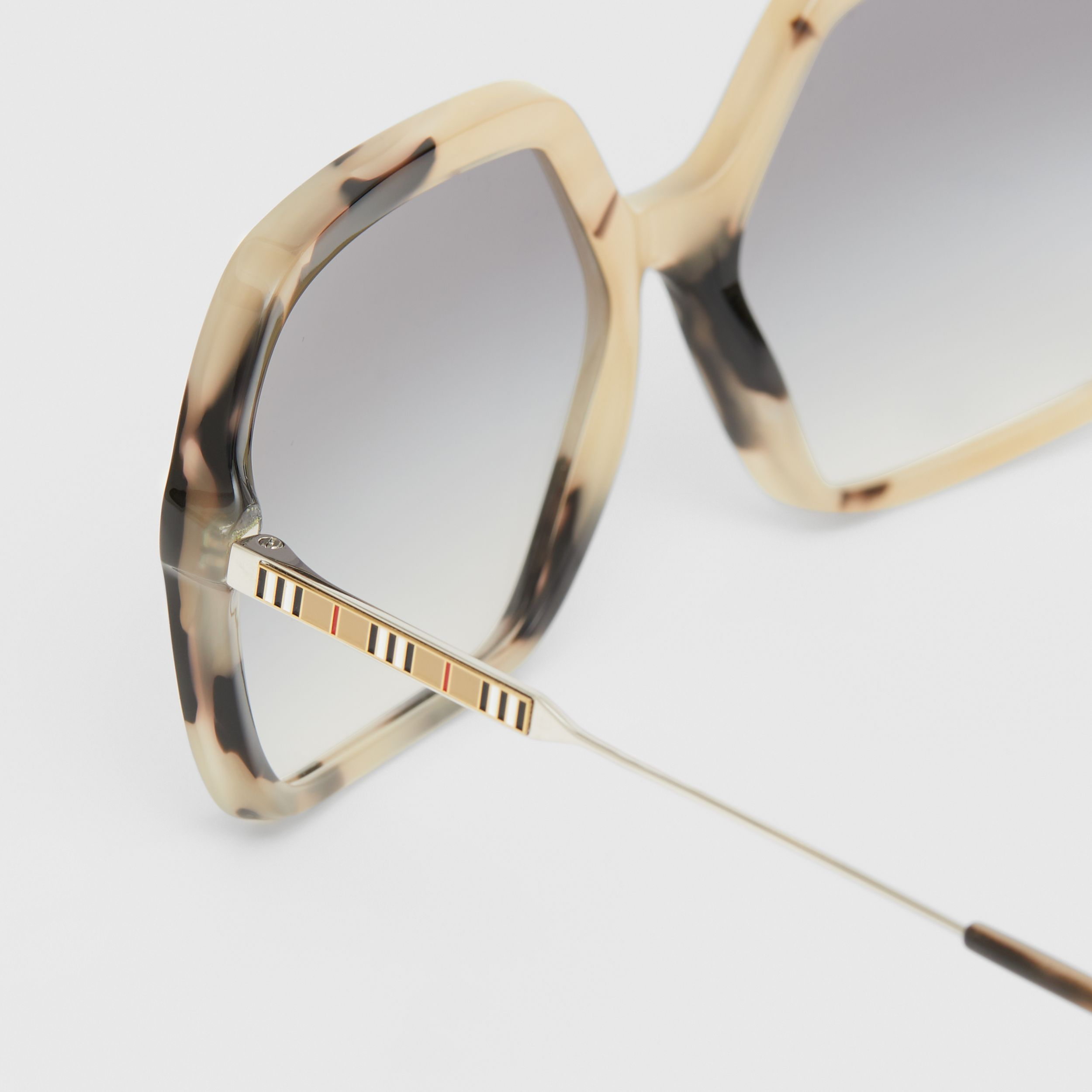 Oversized Square Frame Sunglasses in Honey Tortoiseshell - Women | Burberry - 2