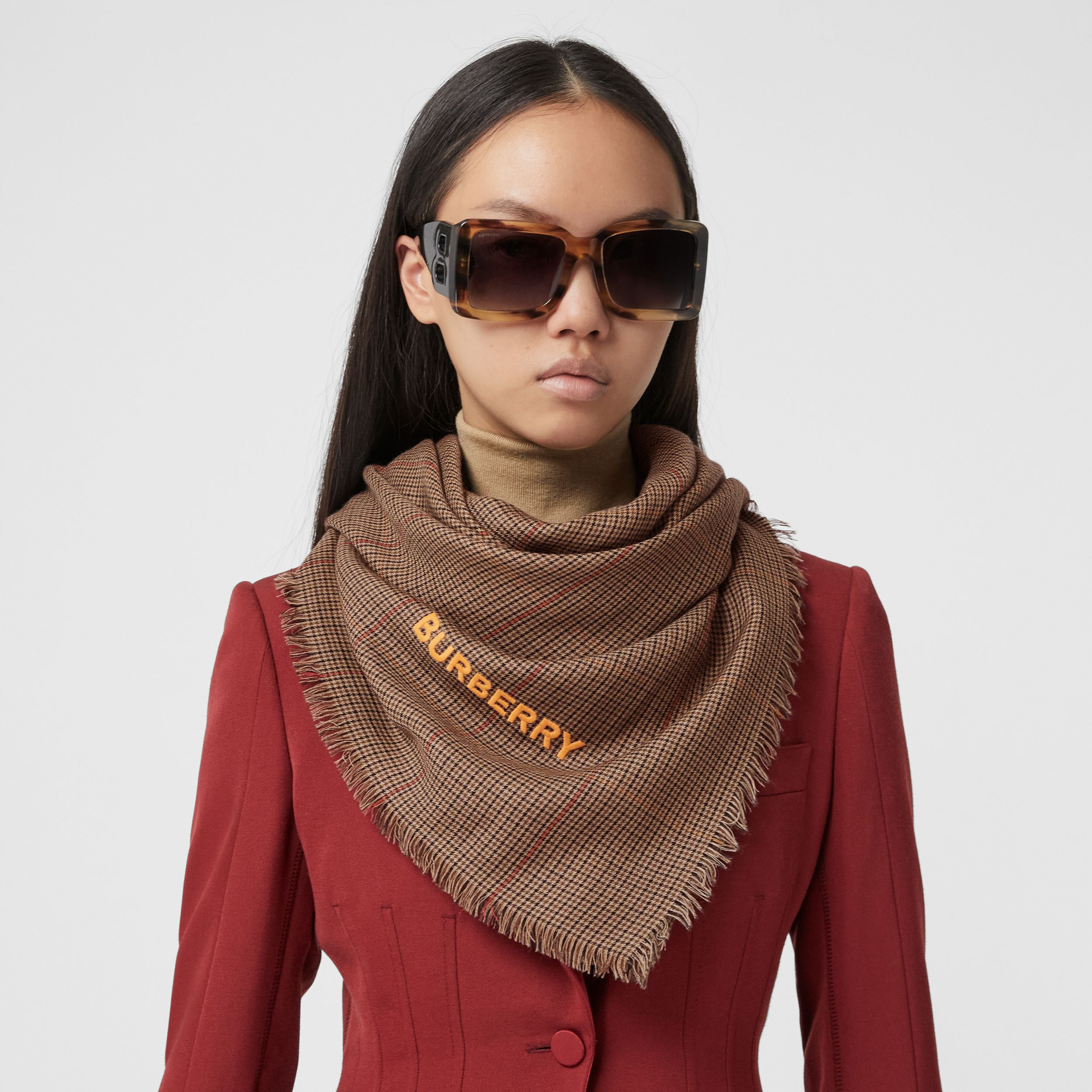 Horseferry Print Houndstooth Cashmere Scarf in Dark Mocha | Burberry - 3