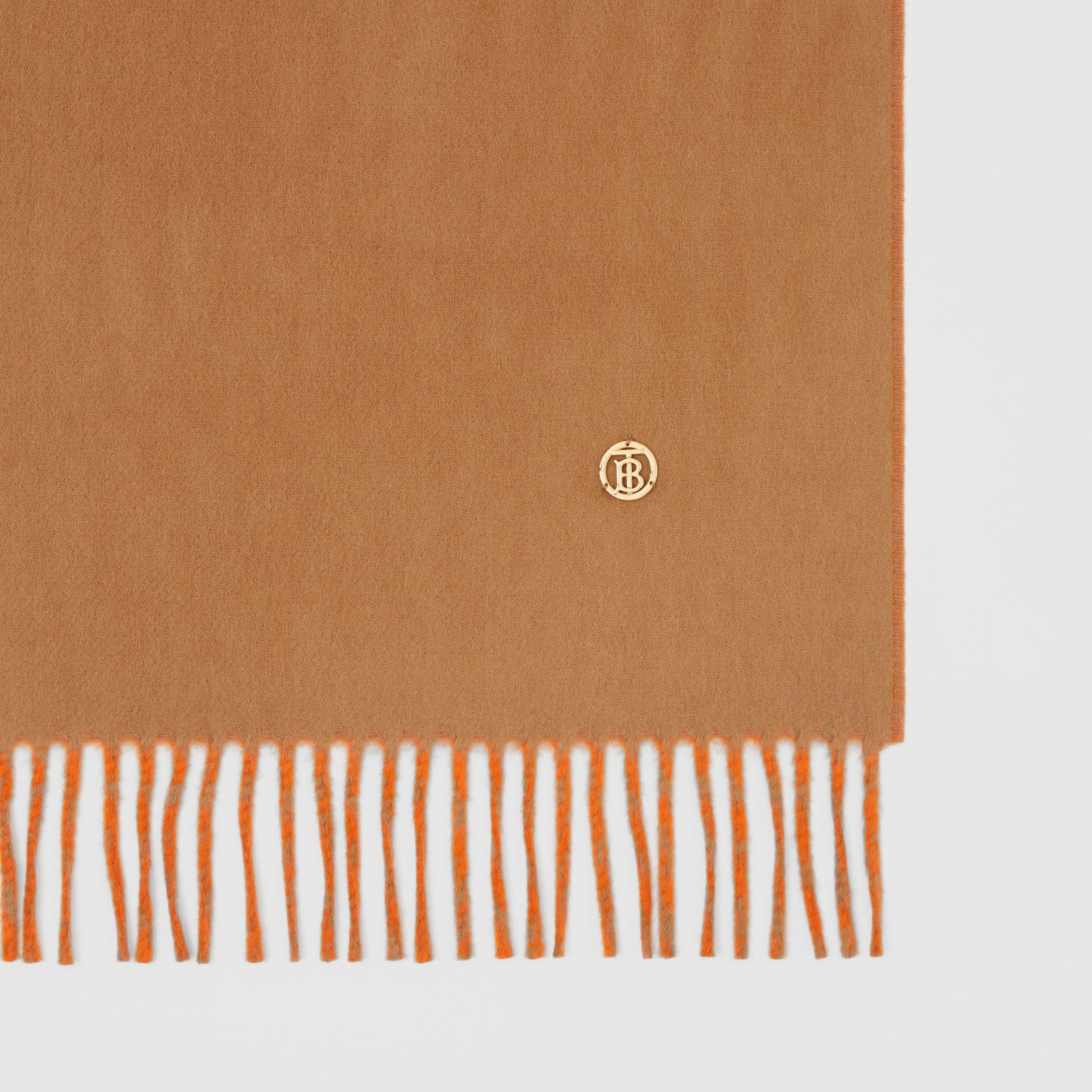 Reversible Monogram Motif Cashmere Scarf in Archive Beige | Burberry United States - 2