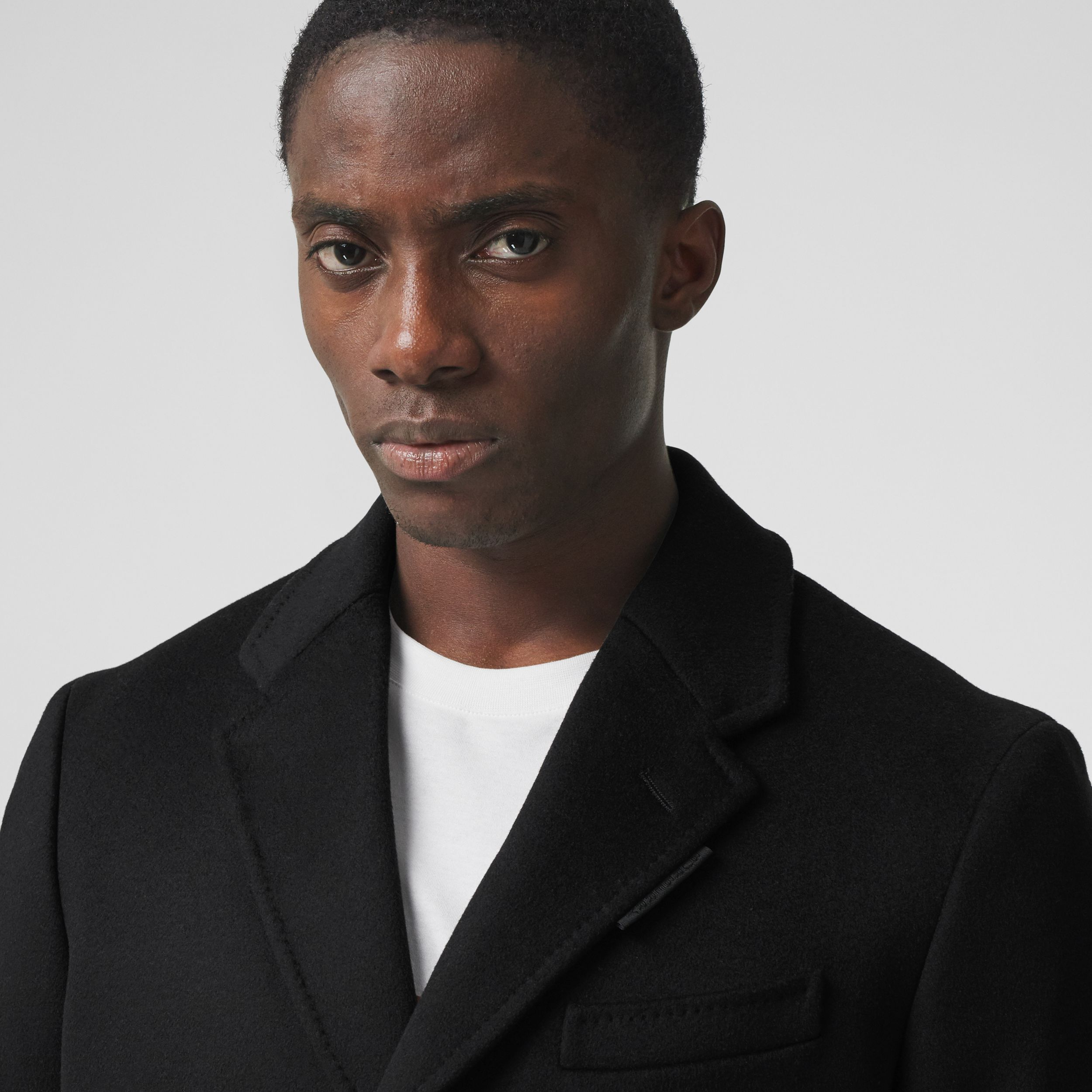 Button Detail Wool Cashmere Tailored Coat in Black - Men | Burberry Canada - 2