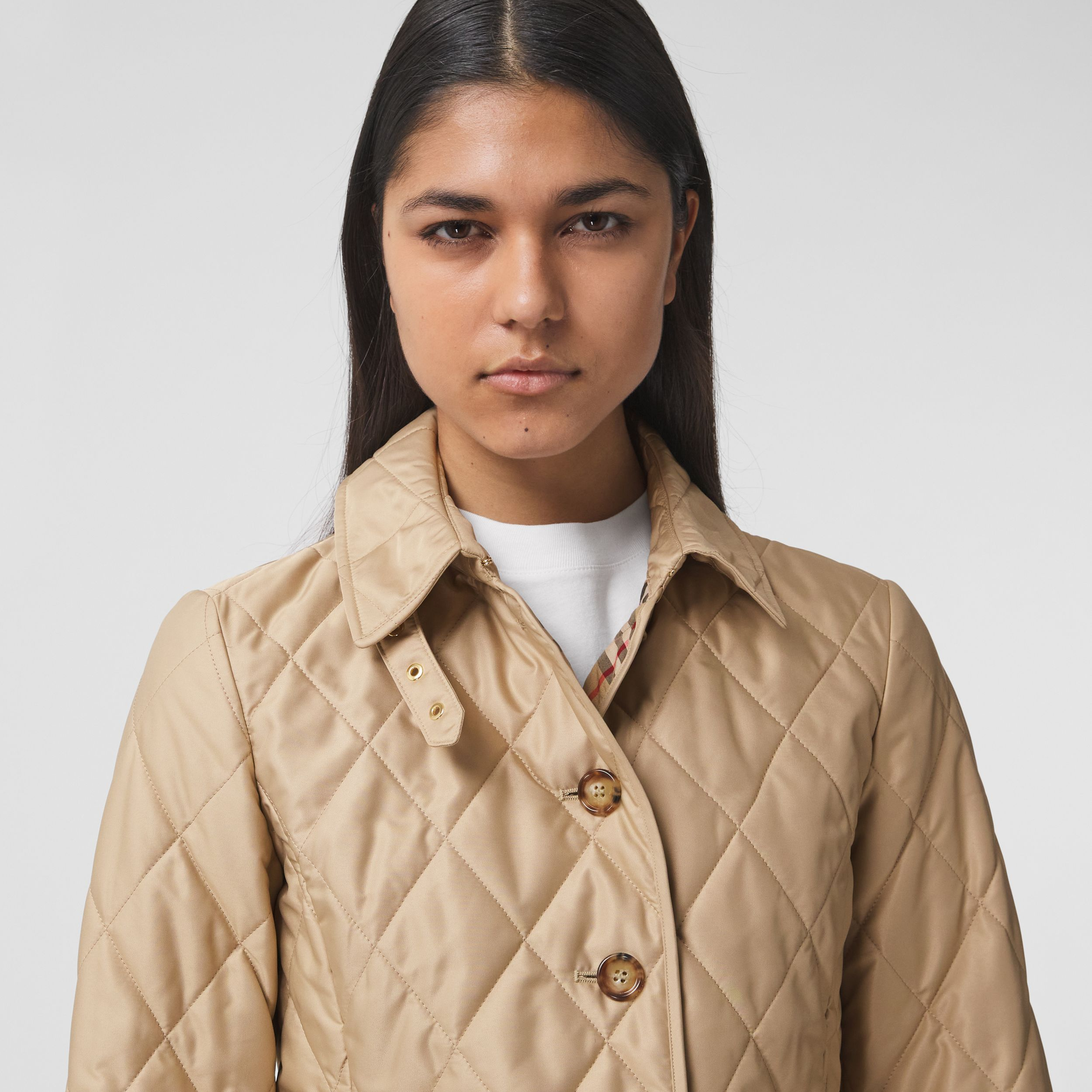Diamond Quilted Thermoregulated Jacket in New Chino - Women | Burberry - 2