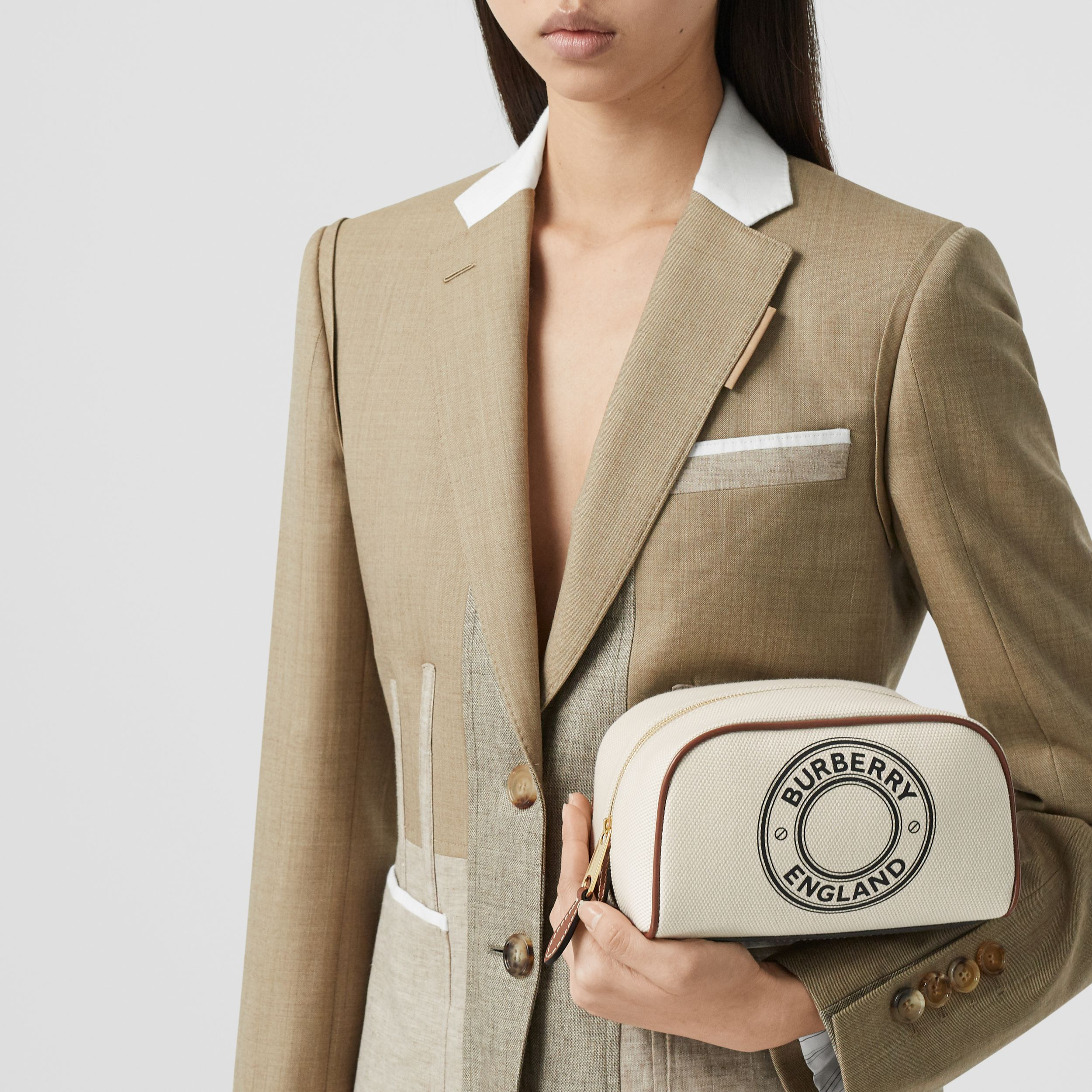 Small Logo Graphic Cotton Canvas Travel Pouch in White/tan - Women | Burberry Hong Kong S.A.R. - 3