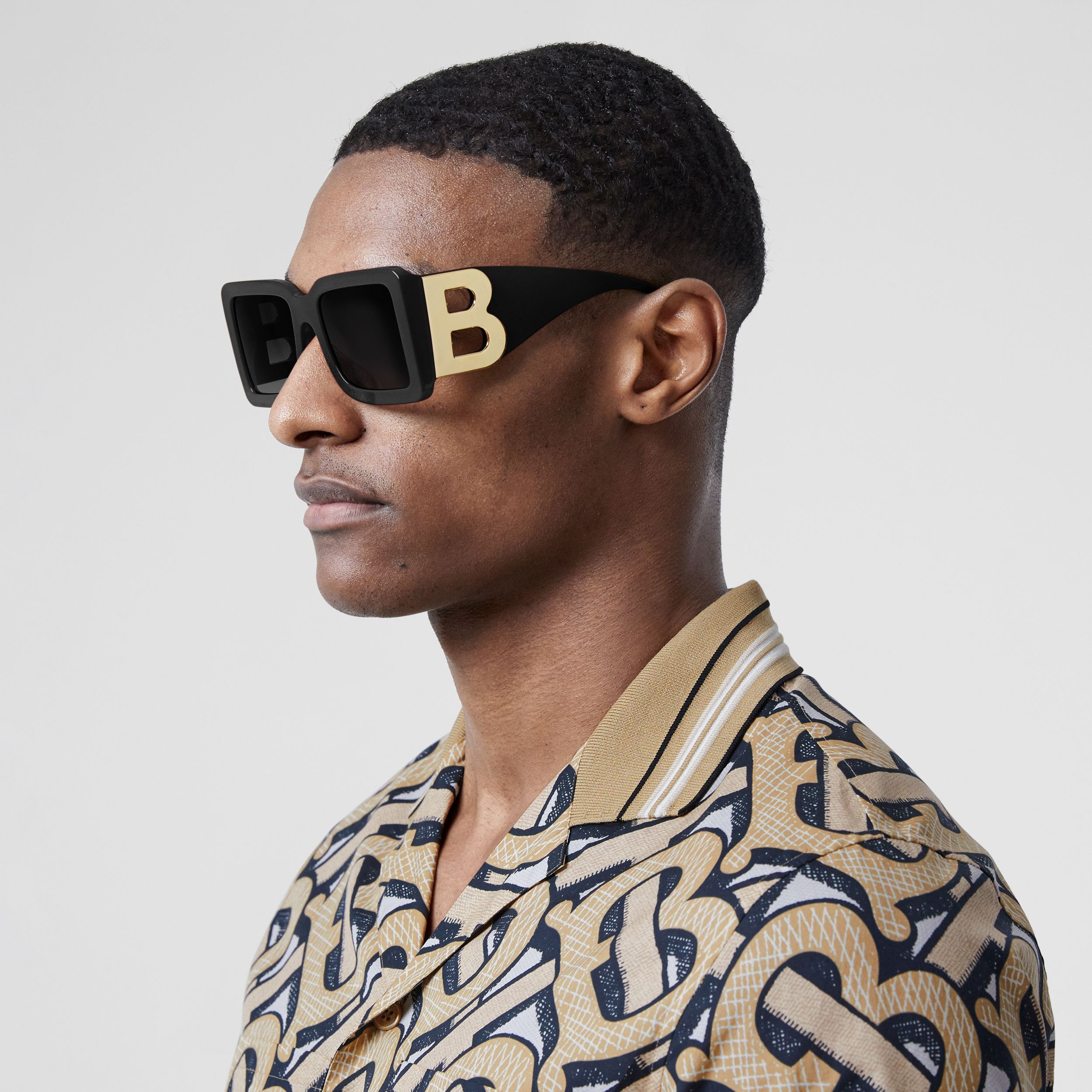 B Motif Square Frame Sunglasses in Black | Burberry United States - 4