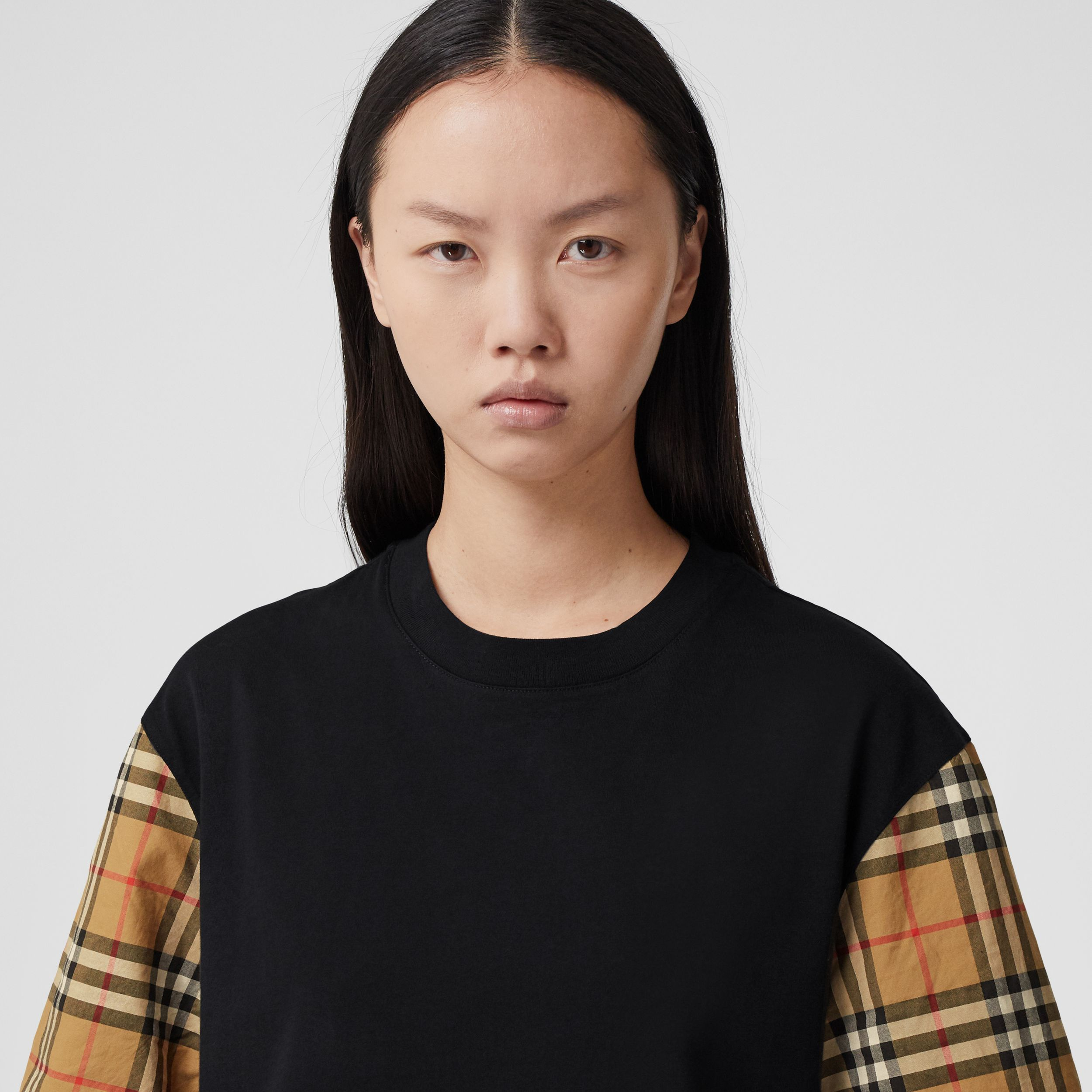 Vintage Check Sleeve Cotton T-shirt in Black - Women | Burberry - 2