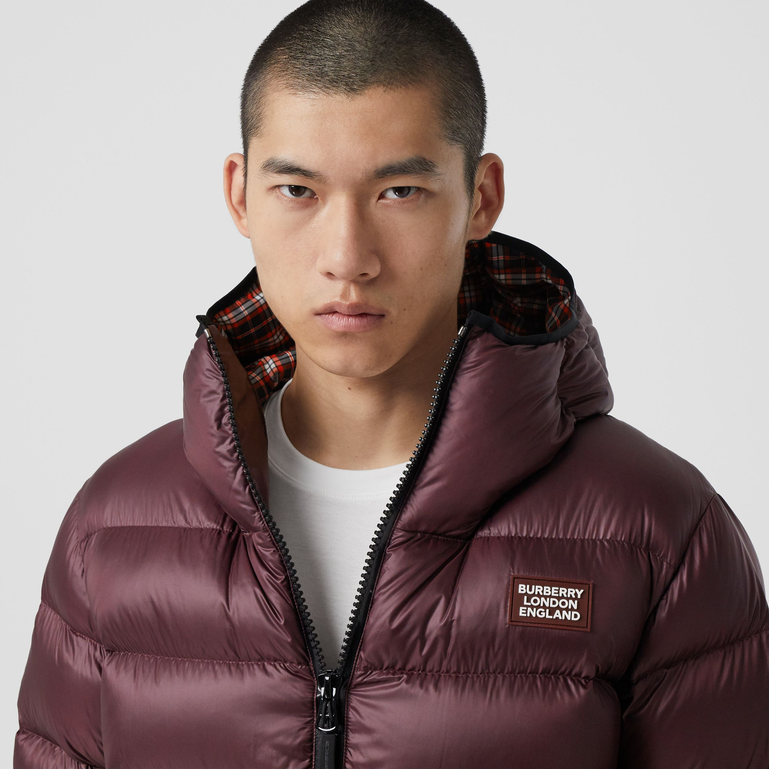 Logo Appliqué Hooded Puffer Jacket in Dark Plum | Burberry Canada - 2