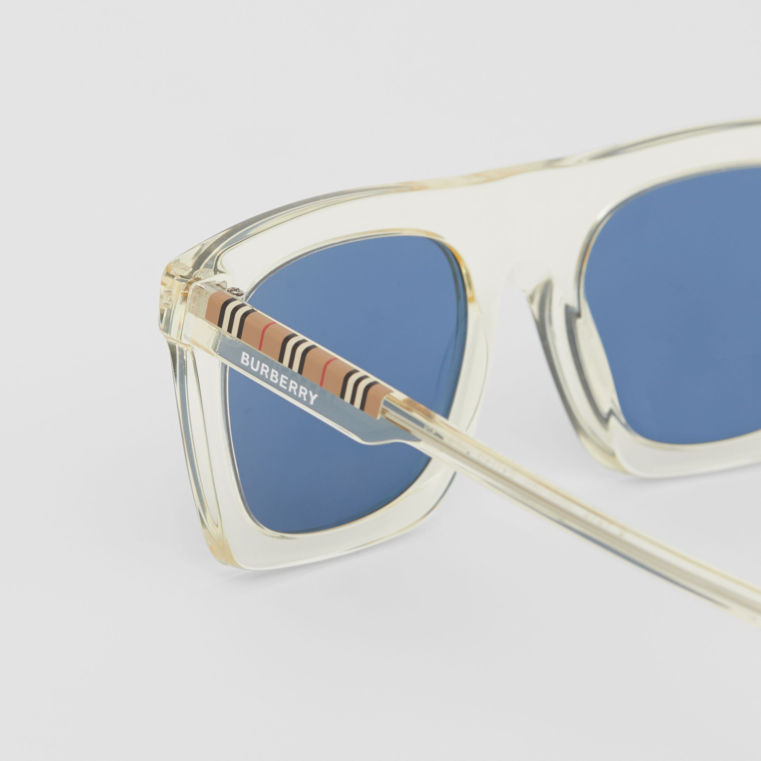 Icon Stripe Detail Rectangular Frame Sunglasses in Pale Yellow - Men | Burberry Singapore - 2