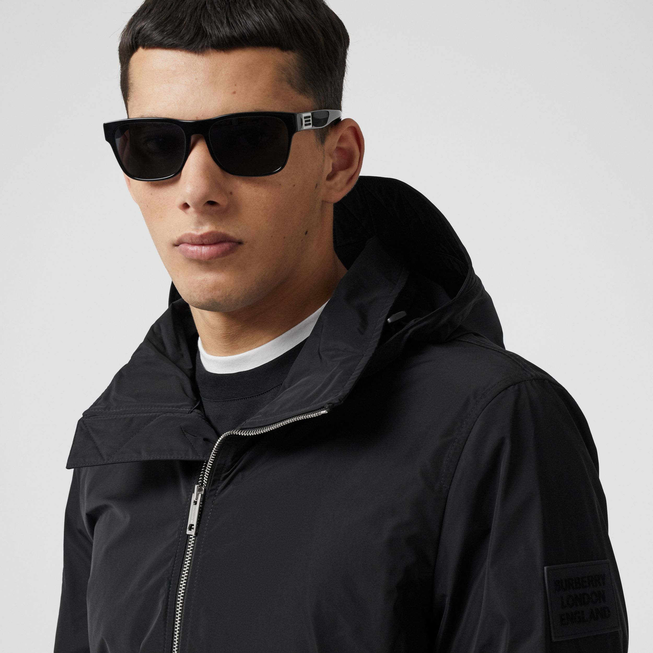 Packaway Hood Shape-memory Taffeta Jacket in Black - Men | Burberry - 2