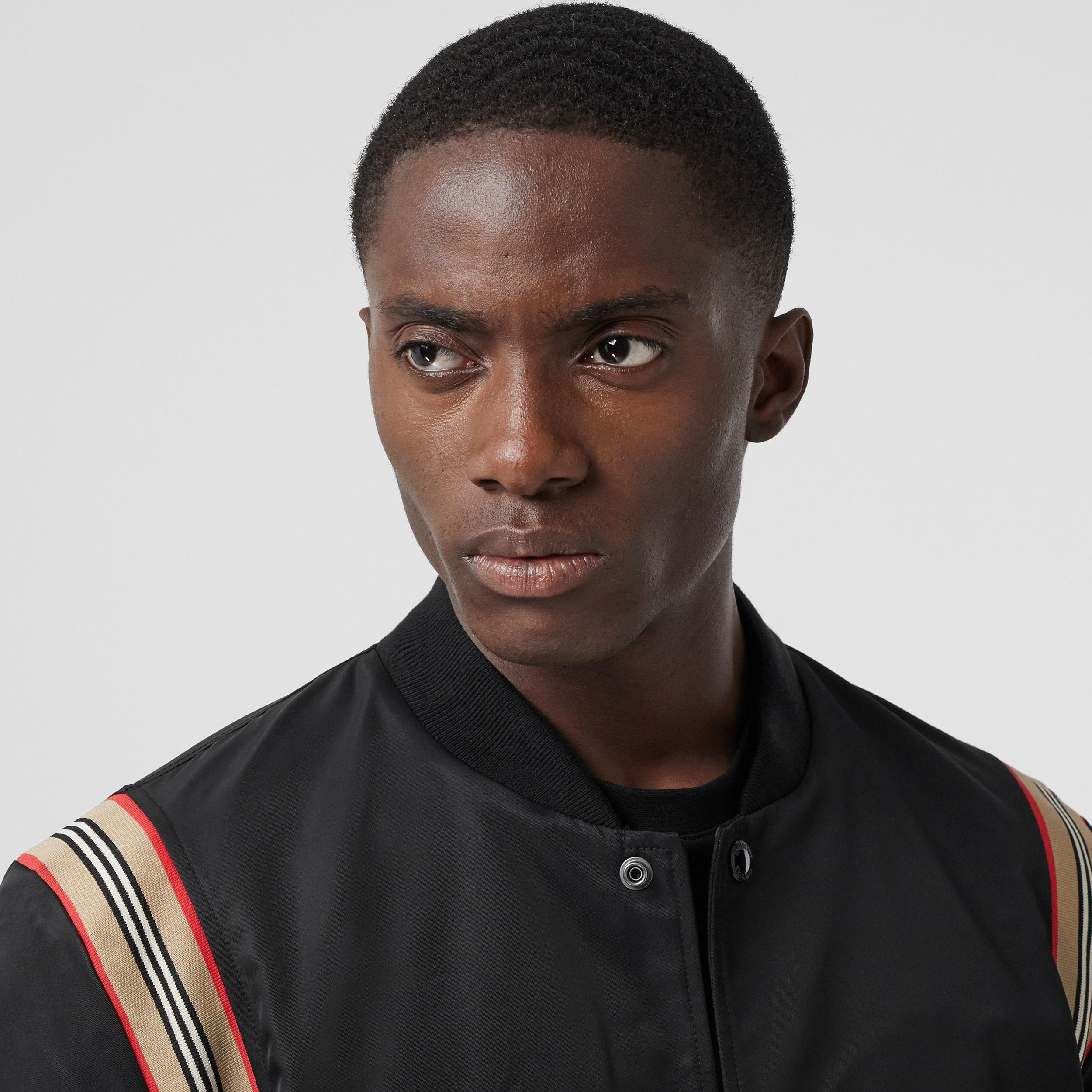 Icon Stripe Trim Bomber Jacket in Black - Men | Burberry - 2