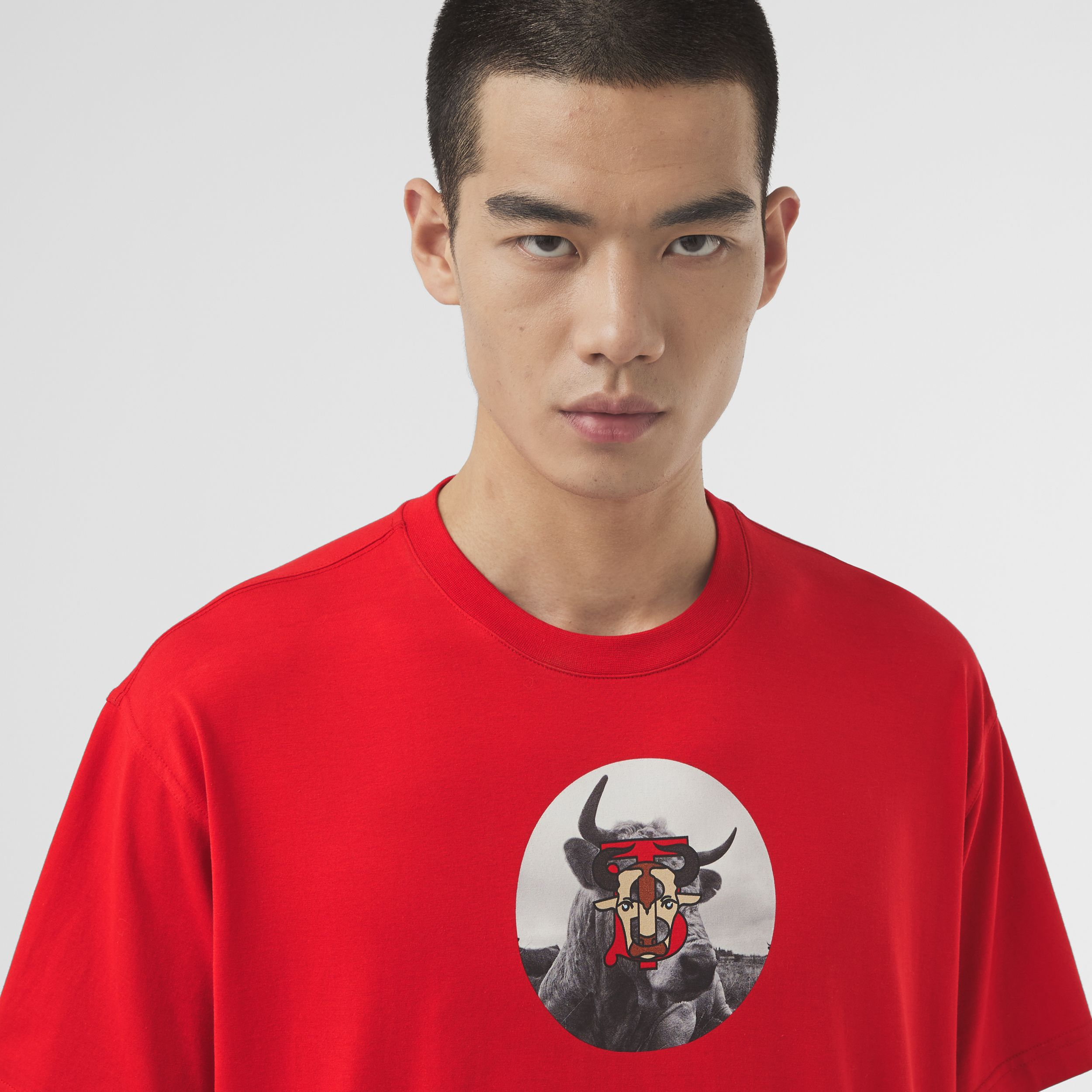 Montage Print Cotton T-shirt – Unisex in Bright Red | Burberry - 2
