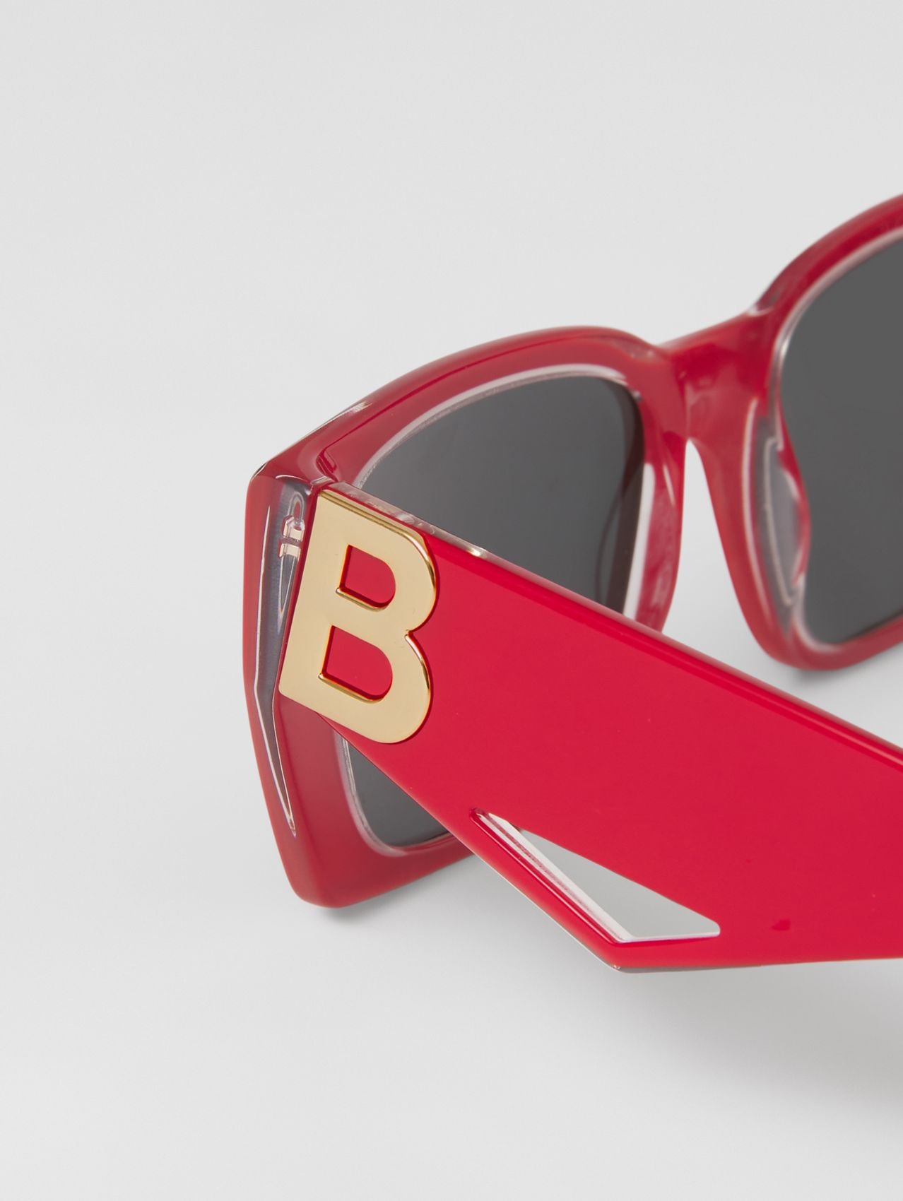 B Motif Bio-acetate Rectangular Frame Sunglasses in Red