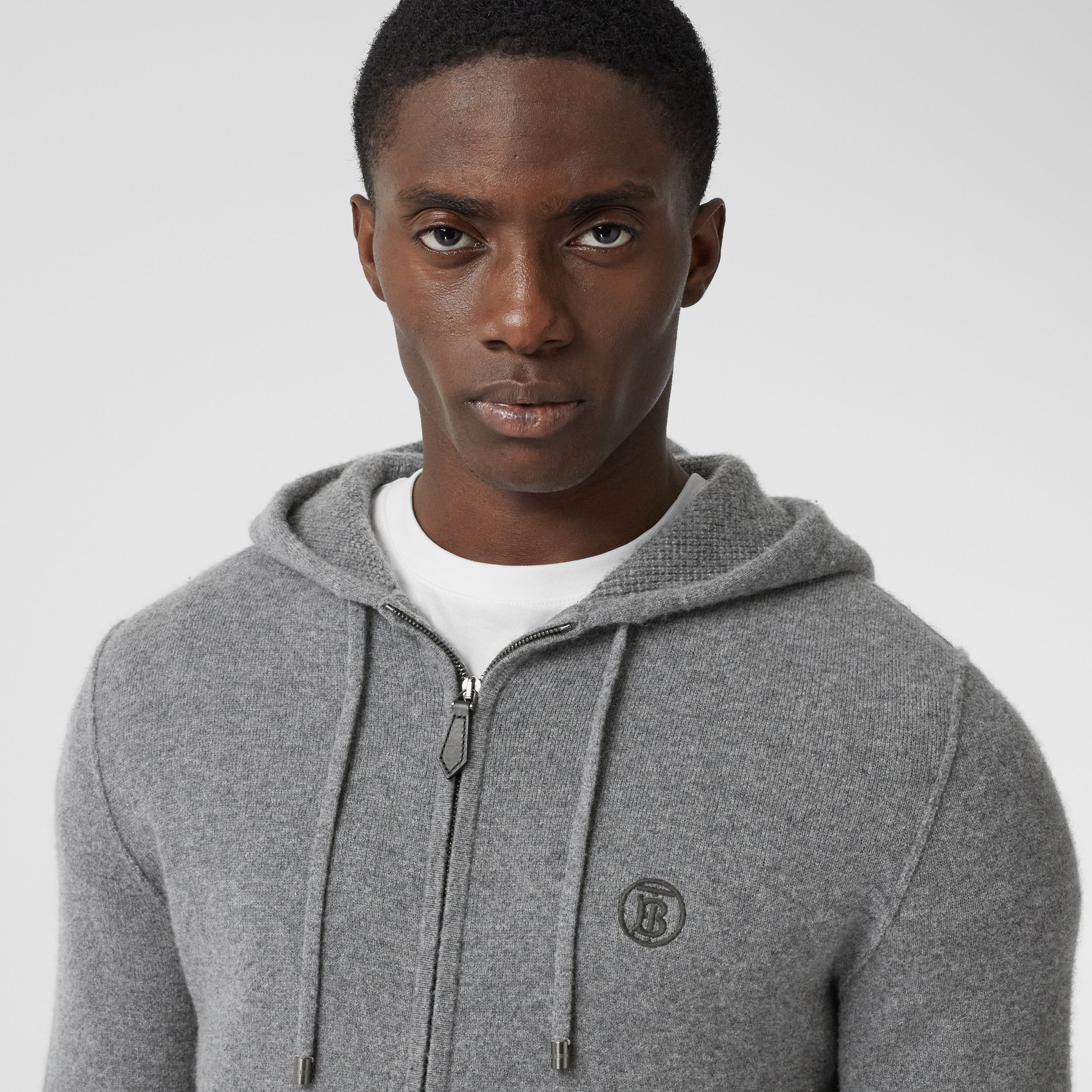 Monogram Motif Cashmere Blend Hooded Top in Mid Grey Melange - Men | Burberry - 2