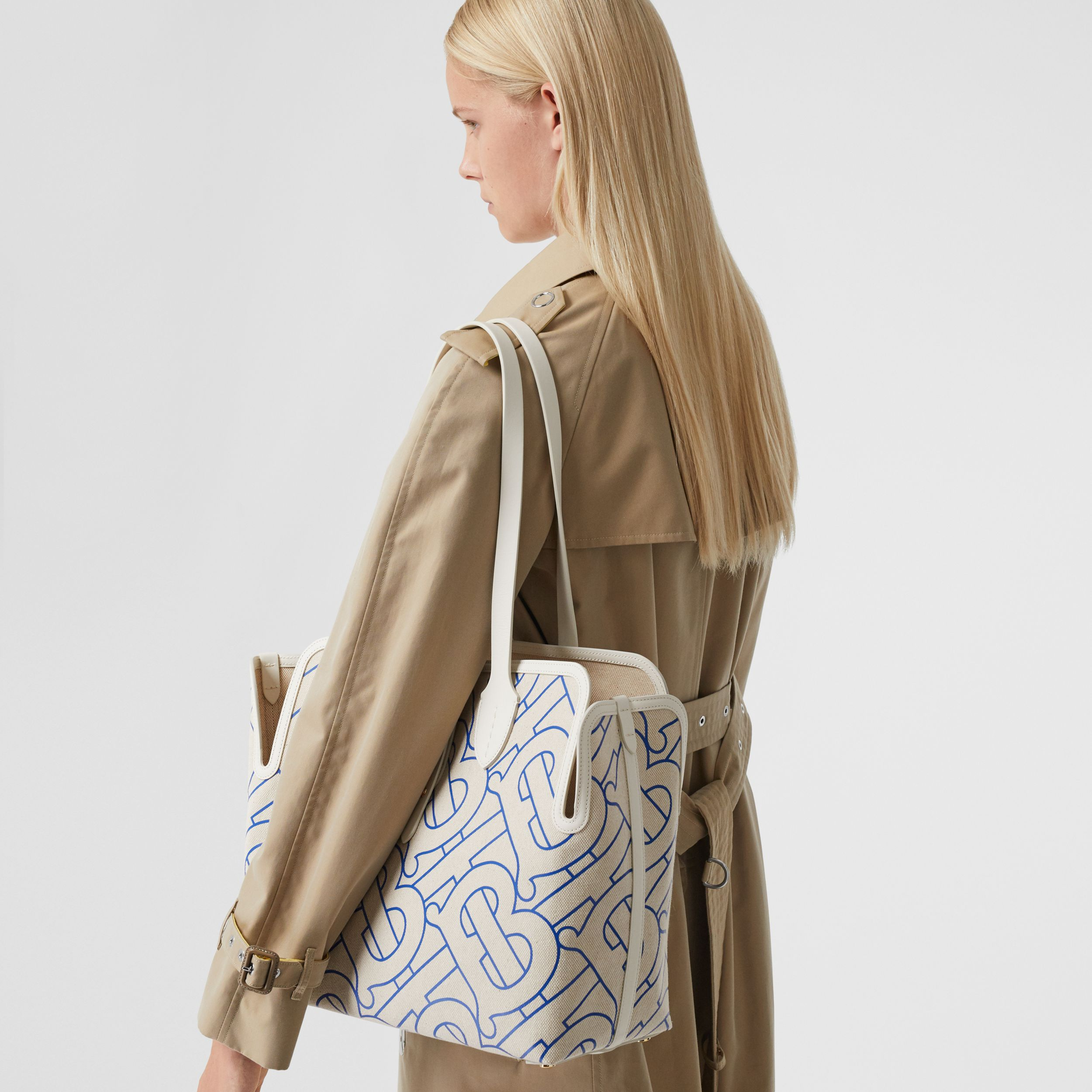 Sac The Belt moyen en toile de coton douce (Naturel/bleu) | Burberry Canada - 3