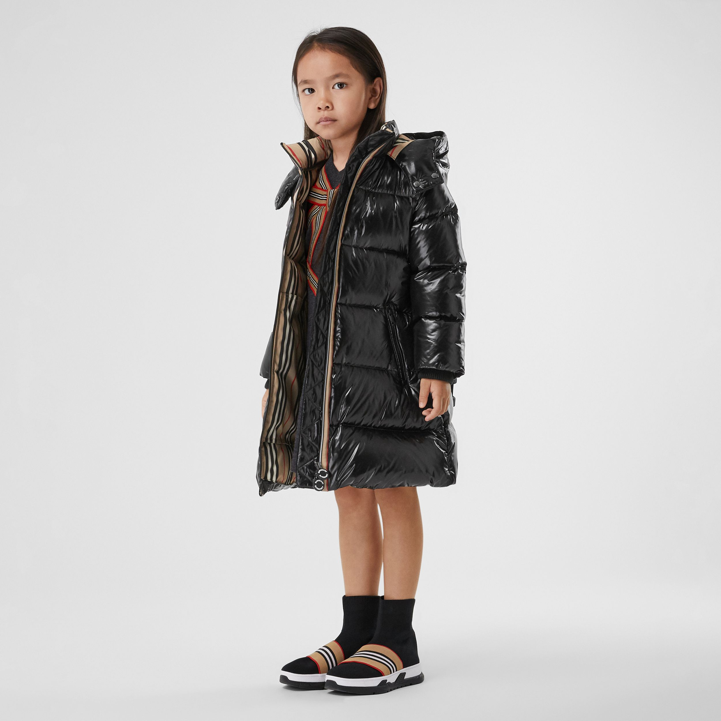 Icon Stripe Trim Hooded Puffer Coat in Black | Burberry - 3