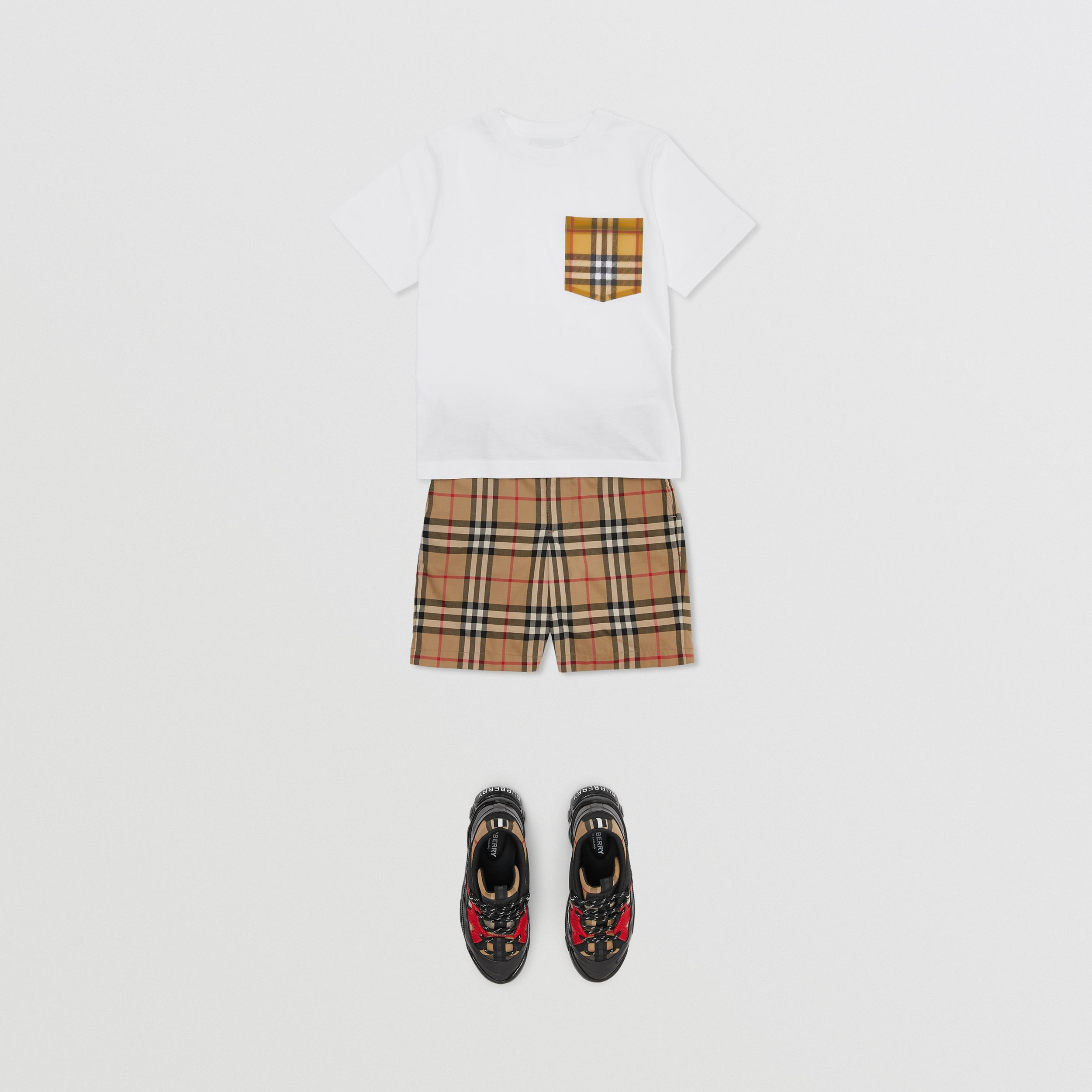 Vintage Check Pocket Cotton T-shirt in White | Burberry Canada - 3