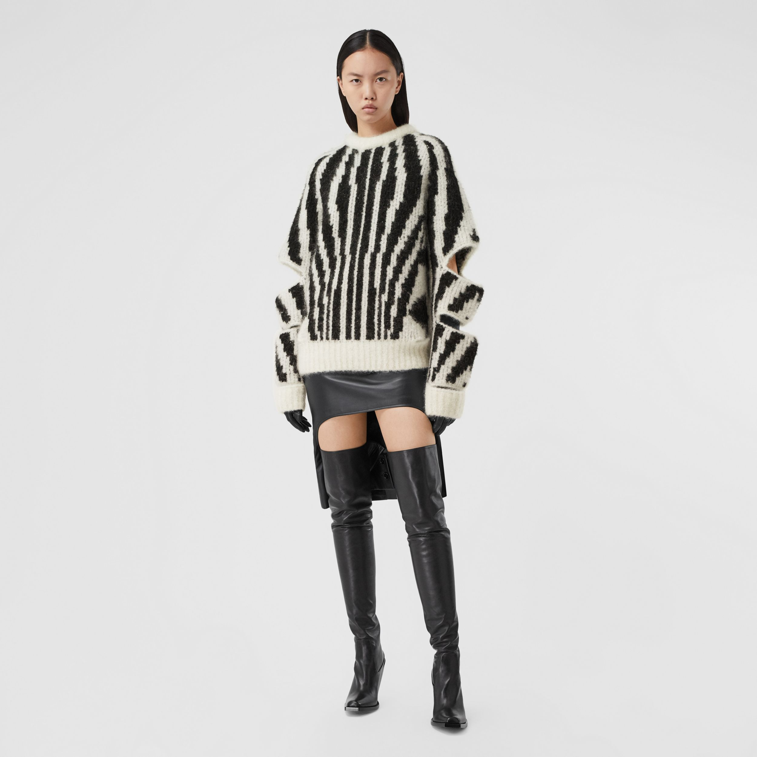 Cut-out Sleeve Wool Mohair Blend Jacquard Sweater | Burberry - 1