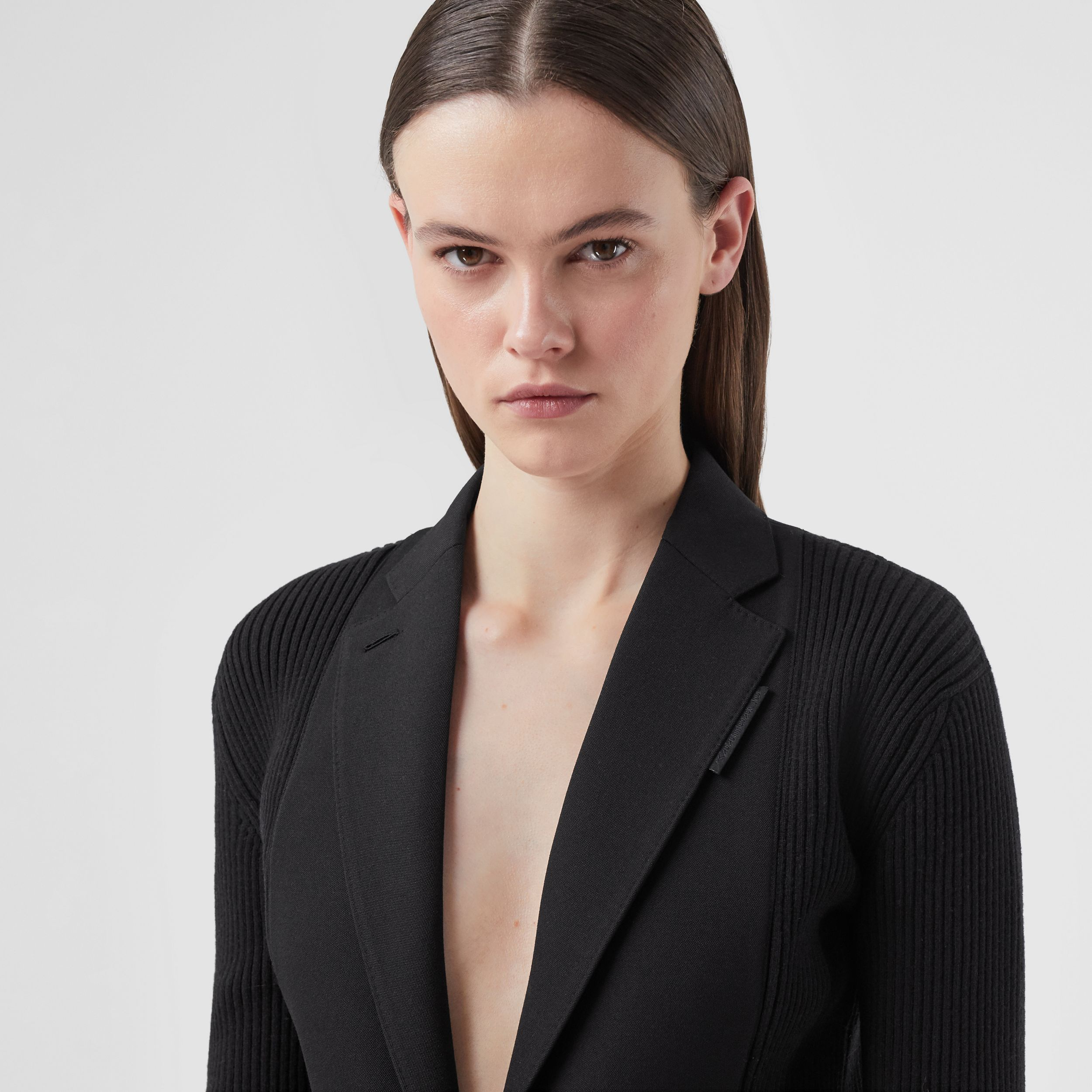 Rib Kit Panel Grain De Poudre Wool Tailored Jacket in Black - Women | Burberry - 2