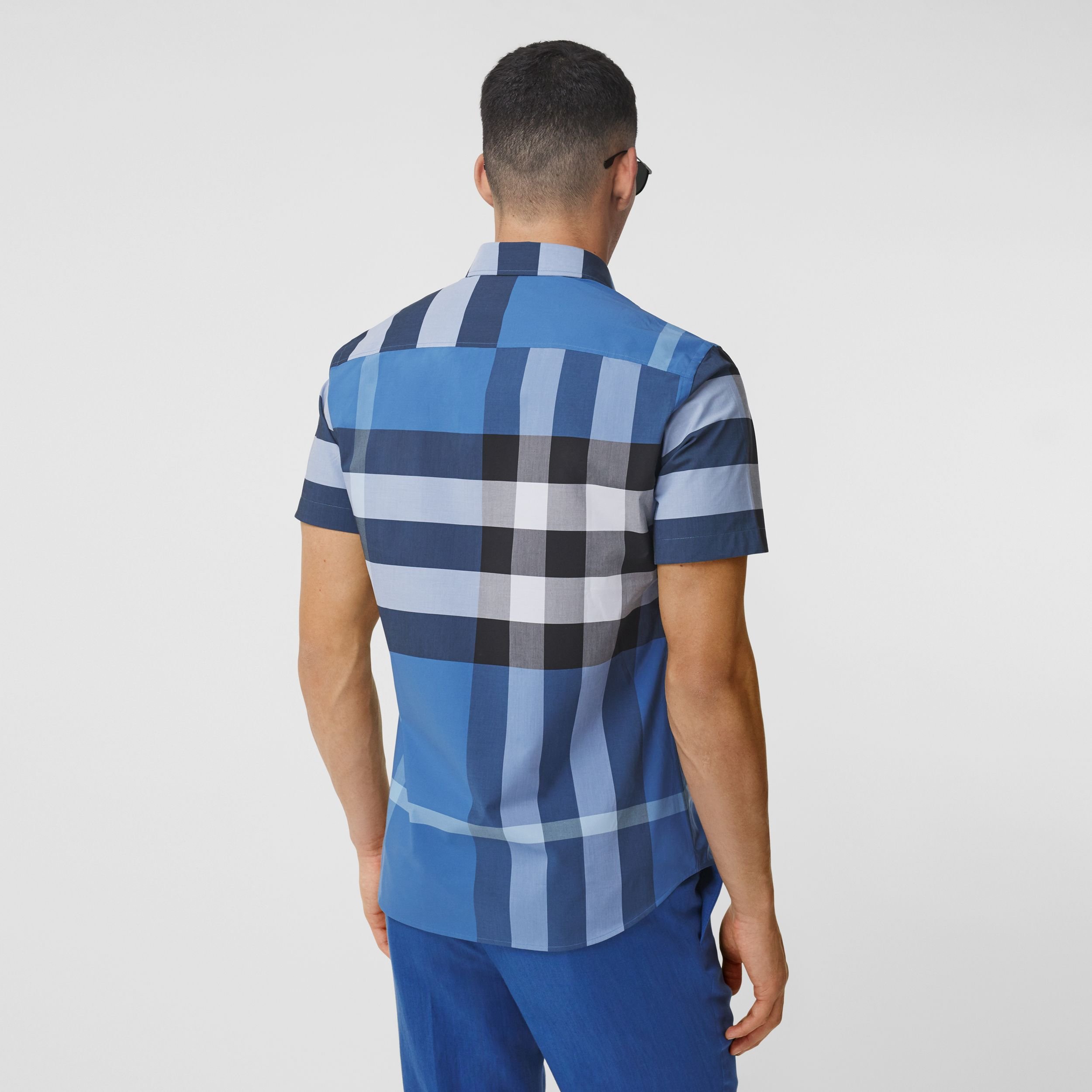 Short-sleeve Check Stretch Cotton Poplin Shirt in Dark Cerulean Blue - Men | Burberry Singapore - 3