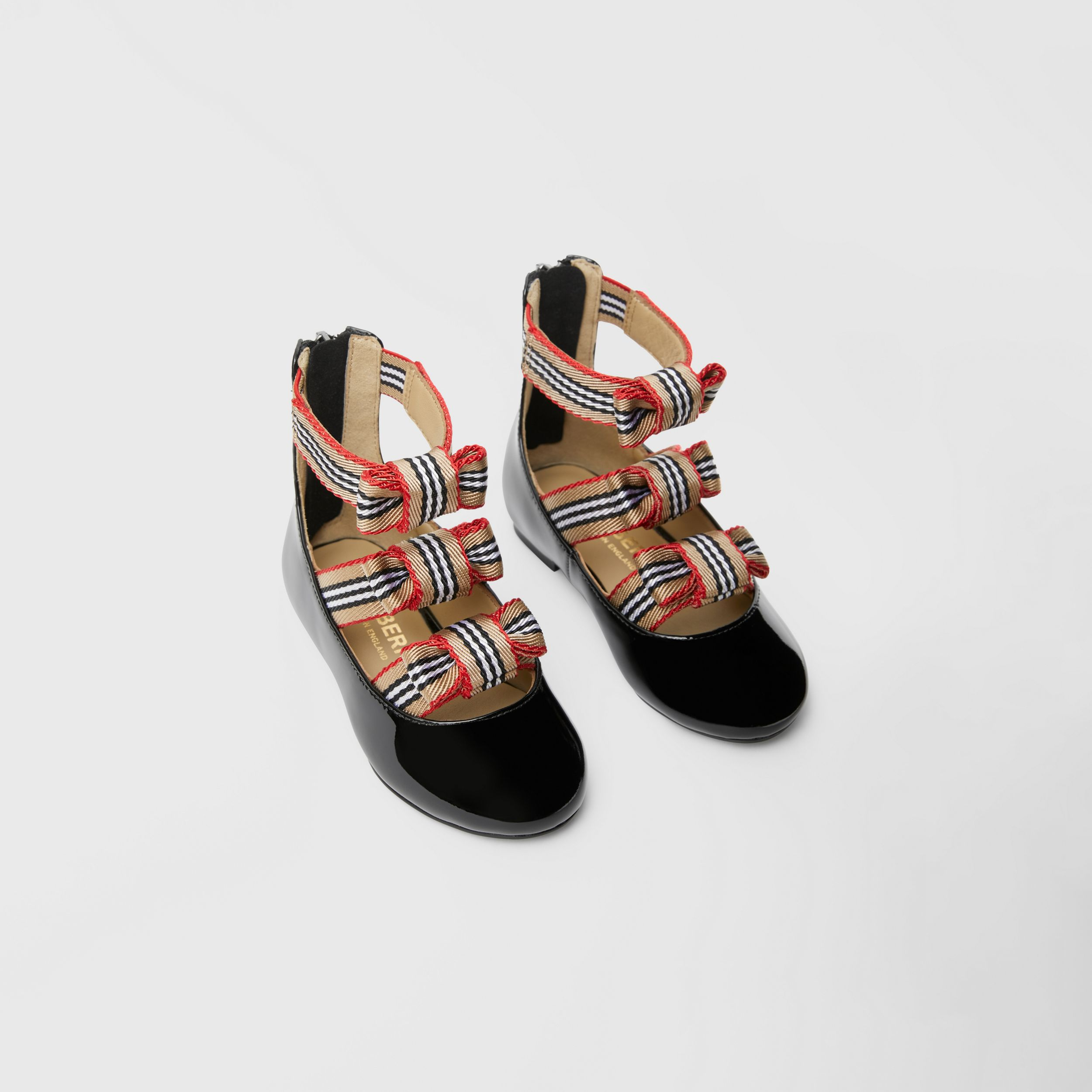 Icon Stripe Bow Patent Leather Shoes in Black - Children | Burberry - 1