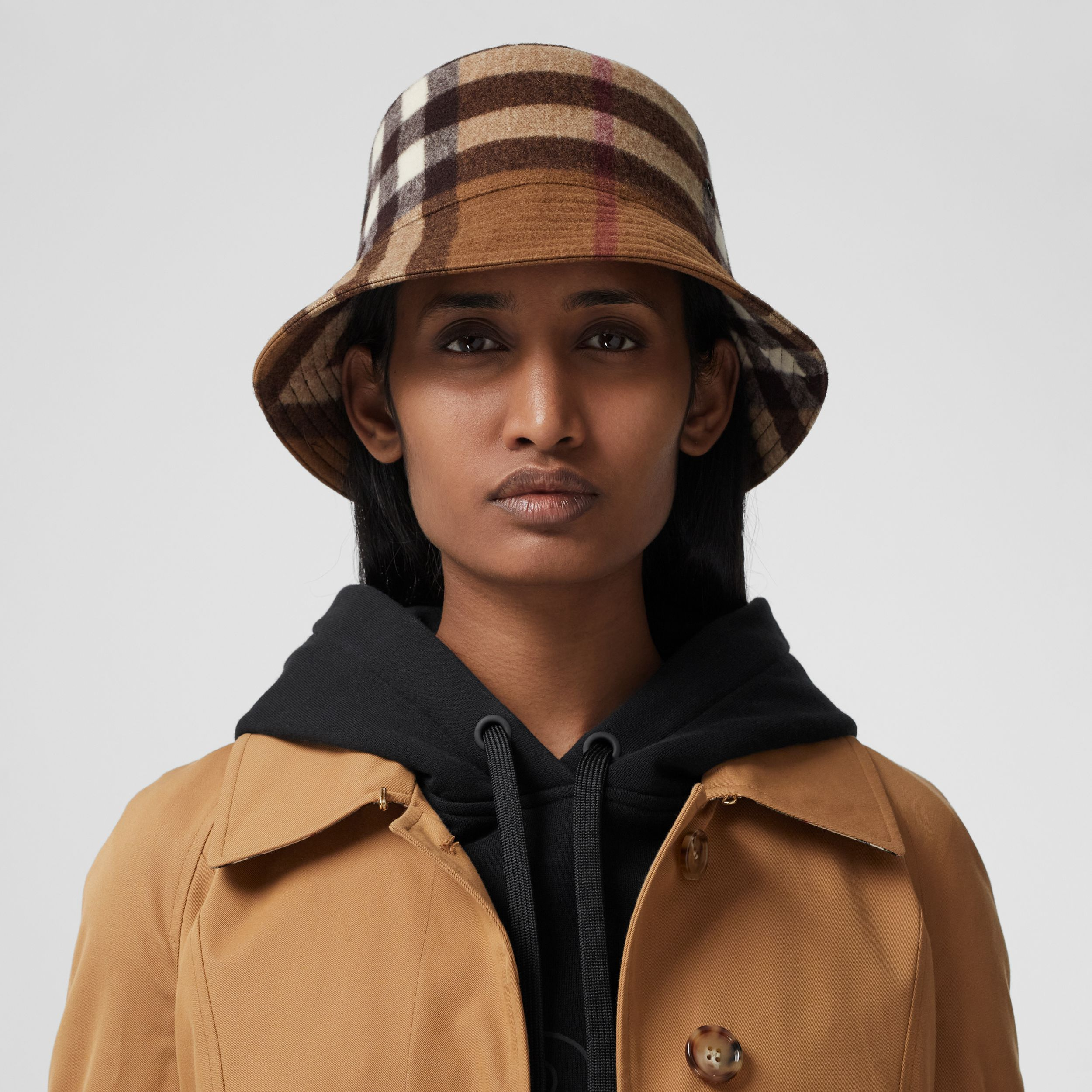 Check Wool Bucket Hat in Birch Brown | Burberry United States - 3