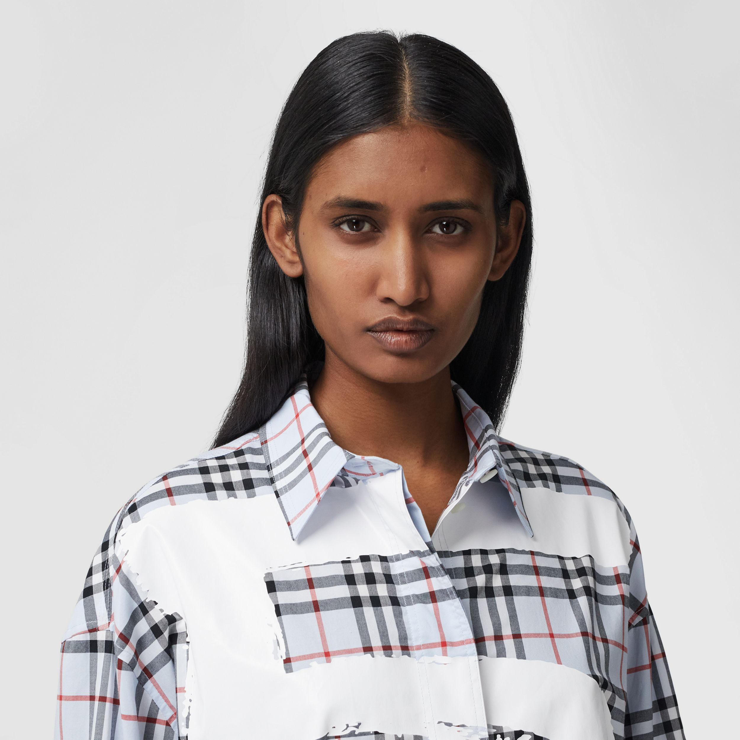 Love Print Vintage Check Cotton Oversized Shirt – Online Exclusive in Pale Blue - Women | Burberry Australia - 2