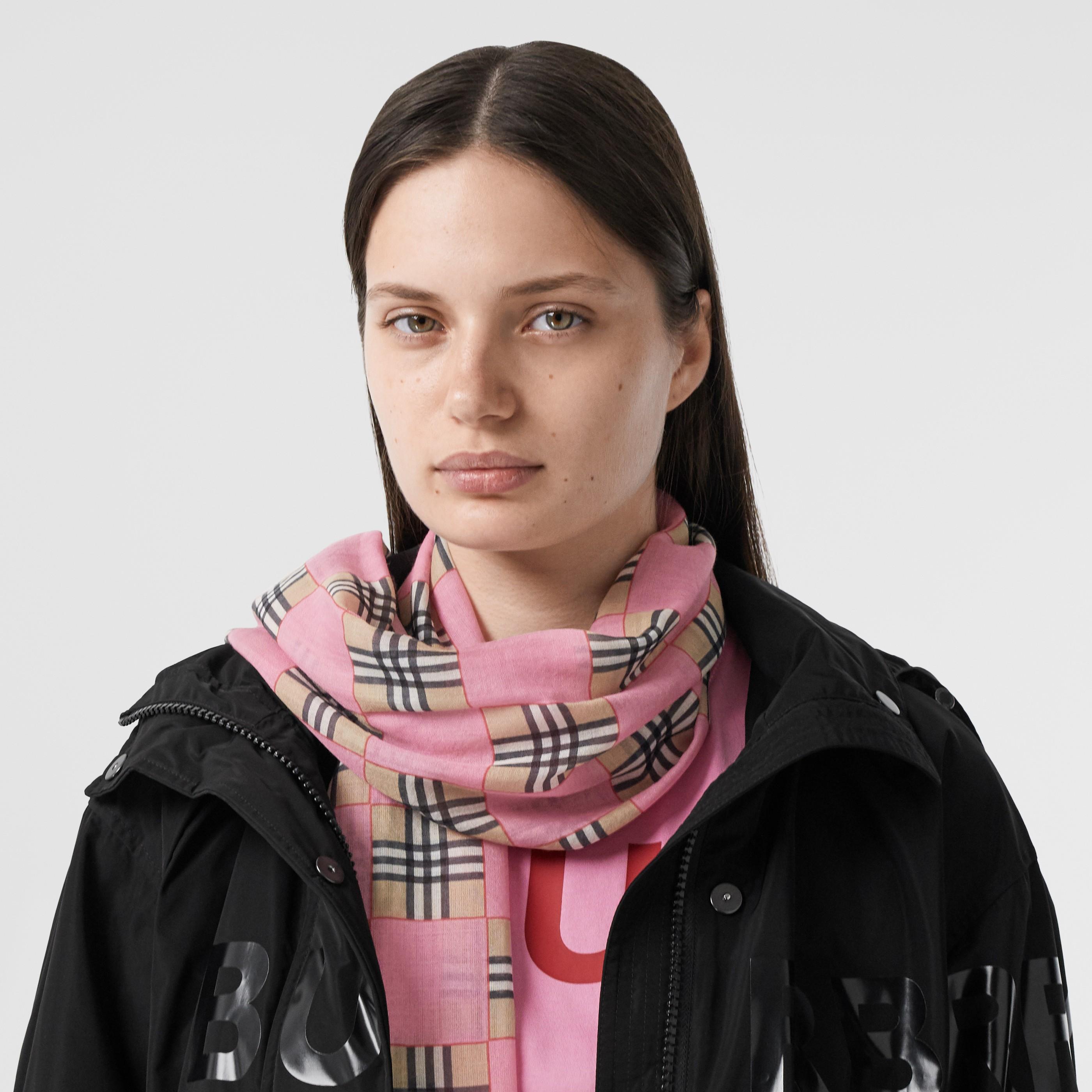 Sciarpa in lana e seta con stampa a scacchiera (Rosa) | Burberry - 3
